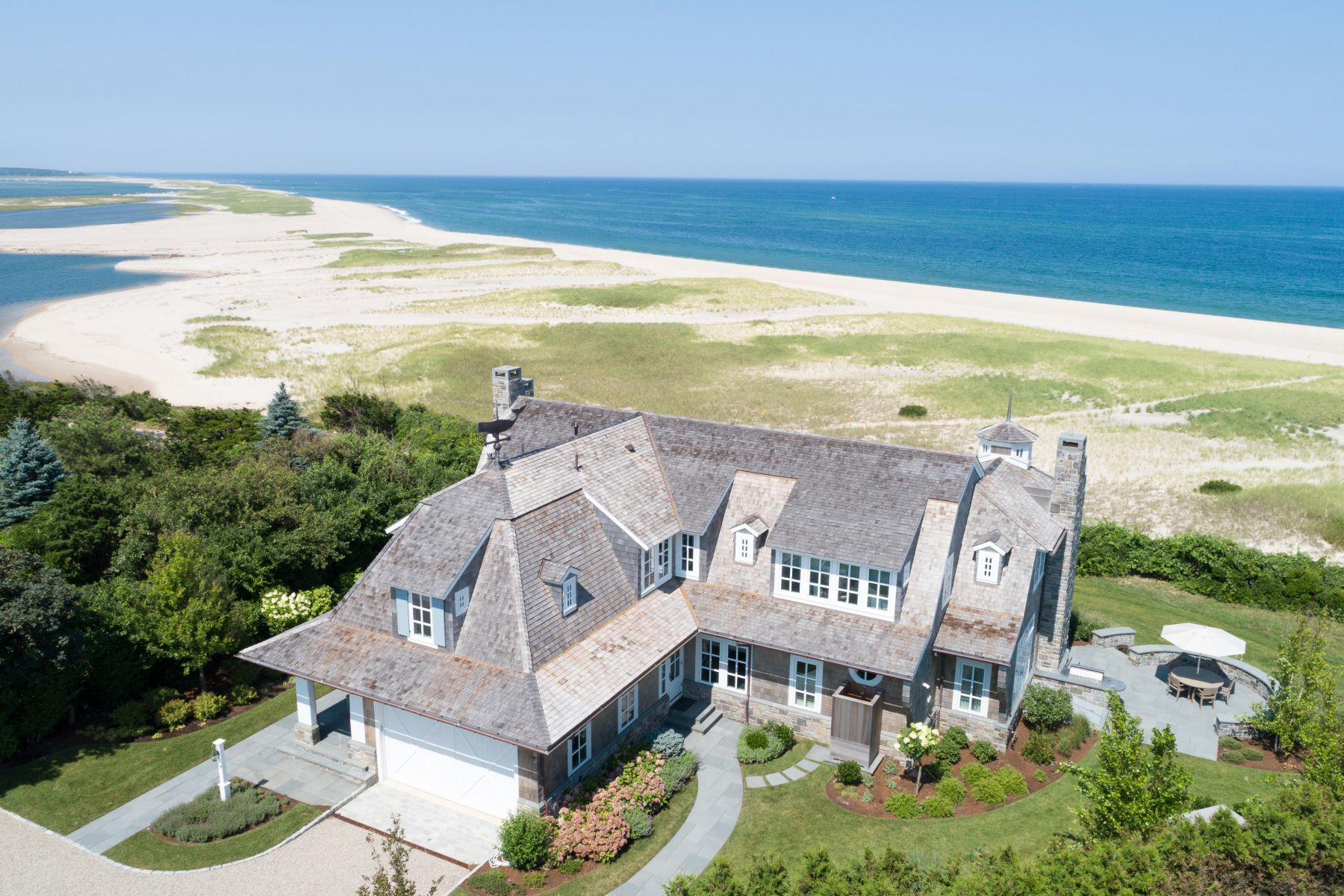 Single Family Homes for Sale at 51 Nauset Road, Orleans, MA 51 Nauset Road Orleans, Massachusetts 02653 United States