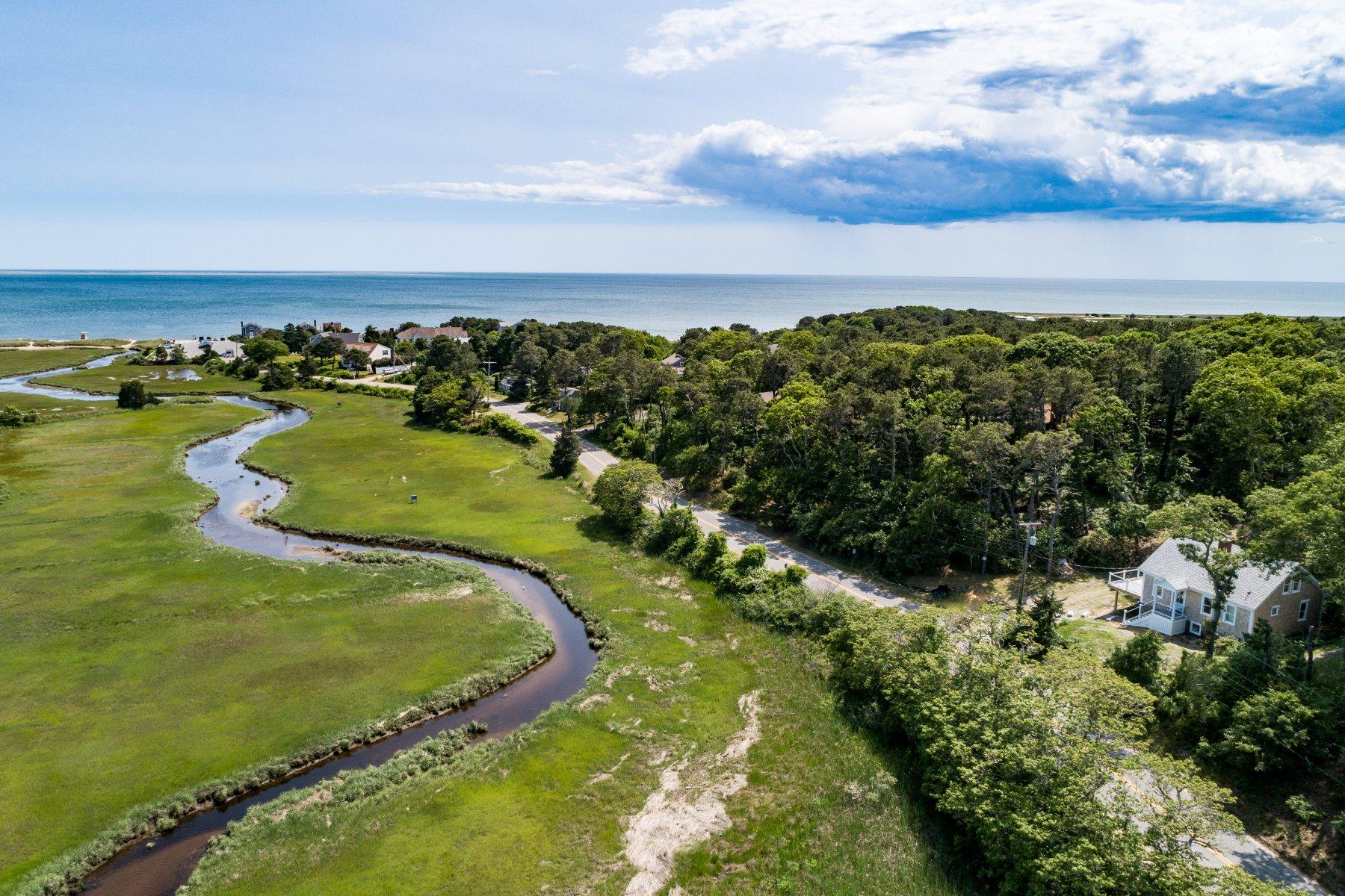 Single Family Homes for Sale at 314 Cockle Cove Road, Chatham, MA 314 Cockle Cove Road Chatham, Massachusetts 02659 United States