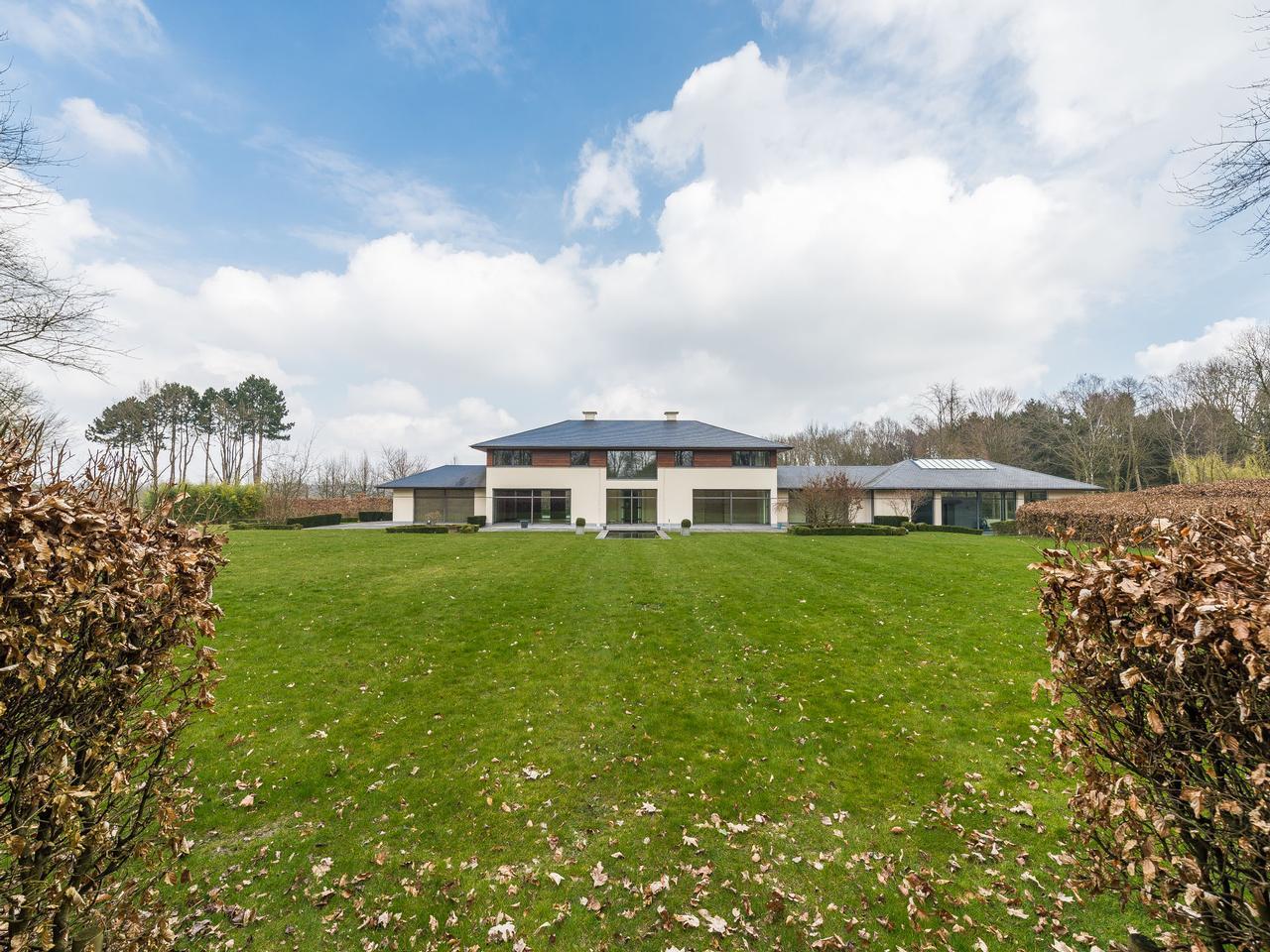 其它住宅 为 销售 在 Lasne I Royal Waterloo Golf Club 拉恩, 瓦隆-布拉班特, 1380 比利时