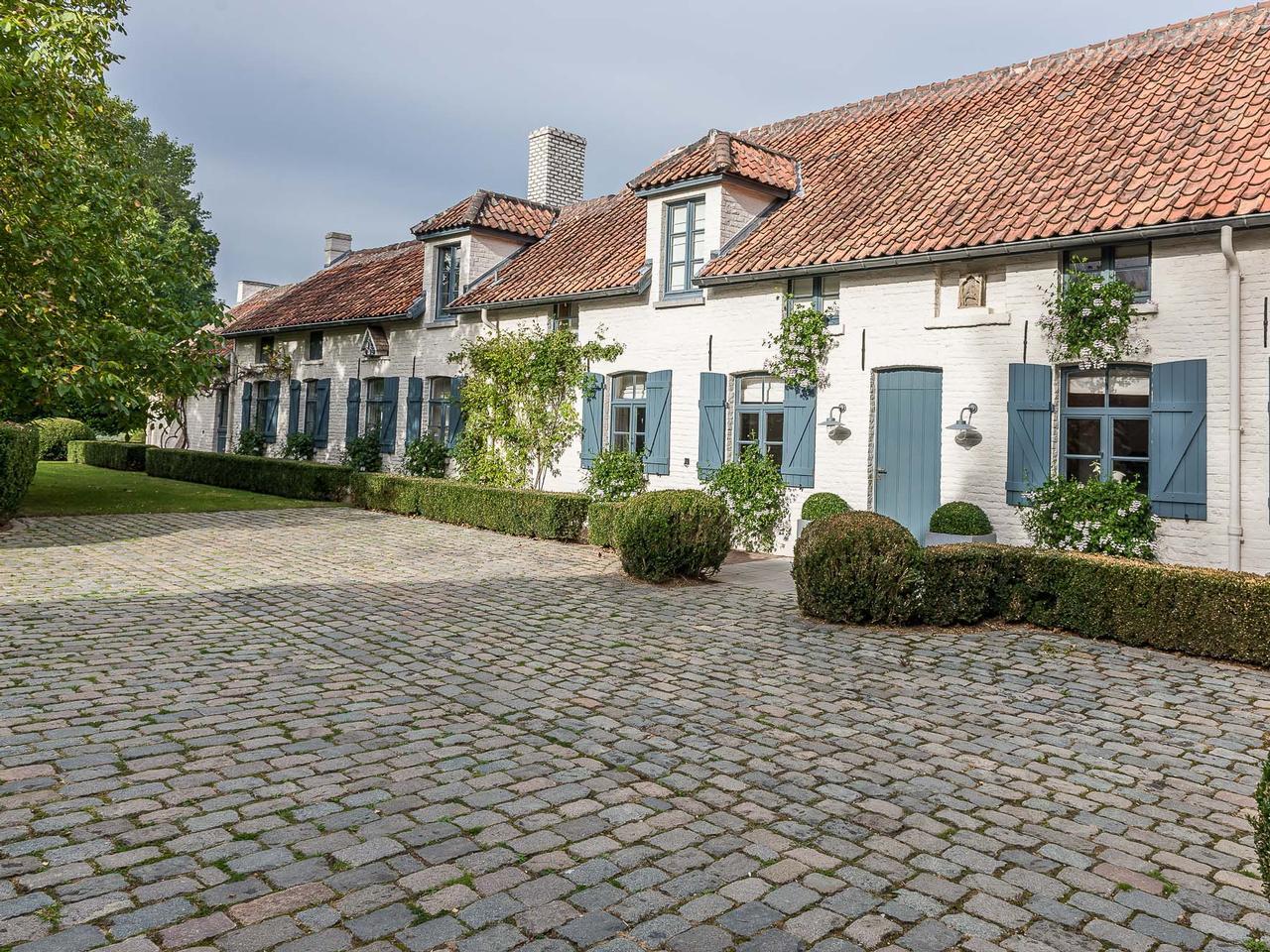 Other Residential for Sale at Lasne I Golf de Waterloo Lasne, Brabant Wallon, 1380 Belgium