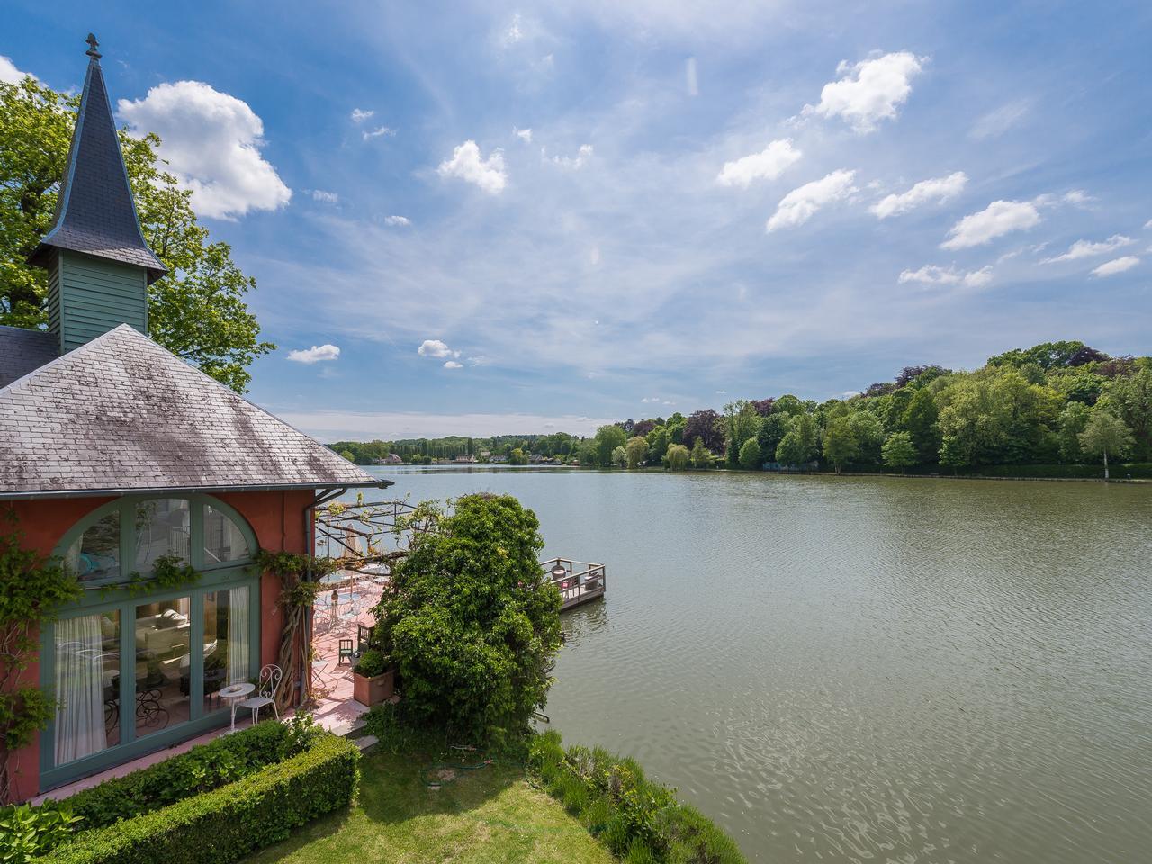 其它住宅 为 销售 在 Genval I Au bord du lac 比利时其他地方, 比利时的其他地区, 3090 比利时