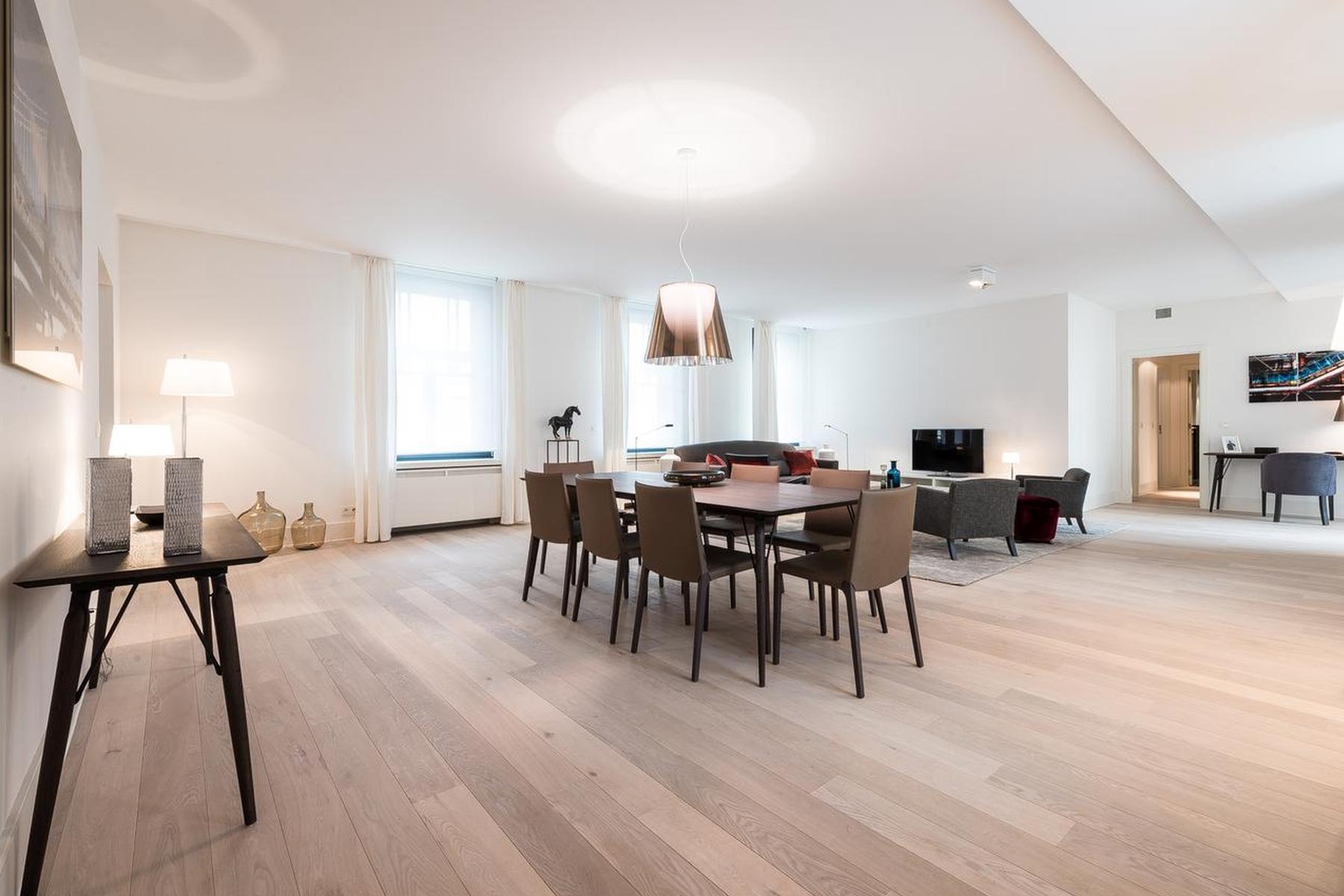 Apartamento para Venda às Ixelles I Place Brugmann Ixelles, Brussels, 1050 Bélgica