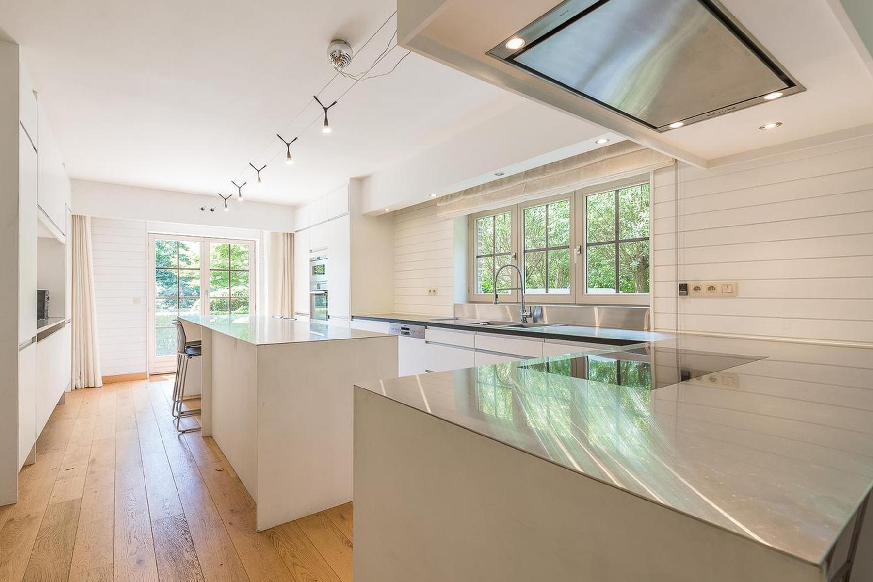Other Residential for Sale at Waterloo I Quartier du Faubourg Waterloo, Brabant Wallon, 1410 Belgium