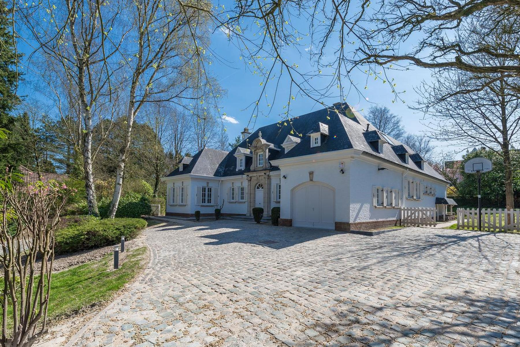 Other Residential for Rent at Waterloo I Avenue du Manoir 60 Avenue du Manoir Waterloo, Brabant Wallon, 1410 Belgium