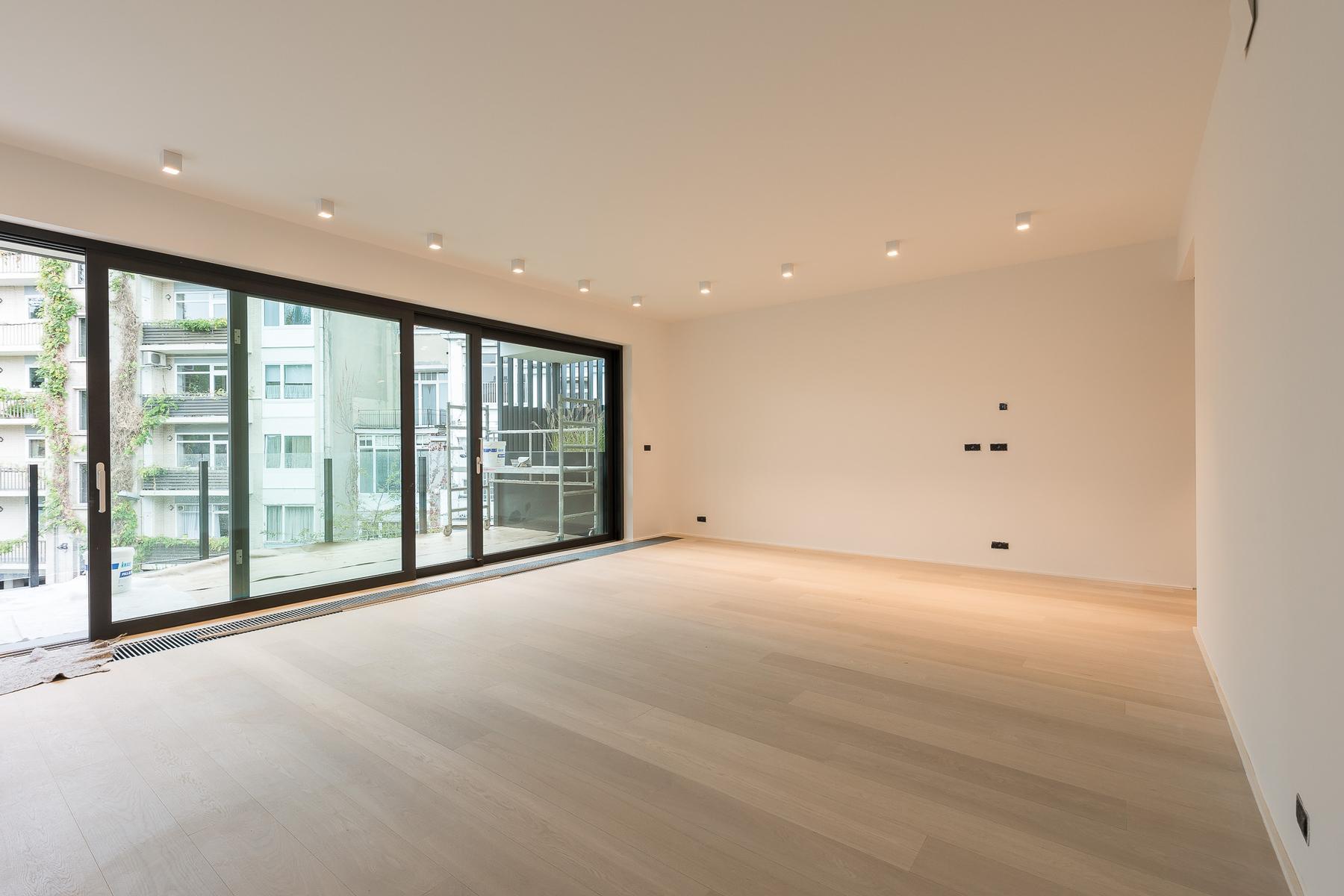 شقة للـ Rent في Ixelles I Quartier Louise Brussels, Brussels, 1050 Belgium