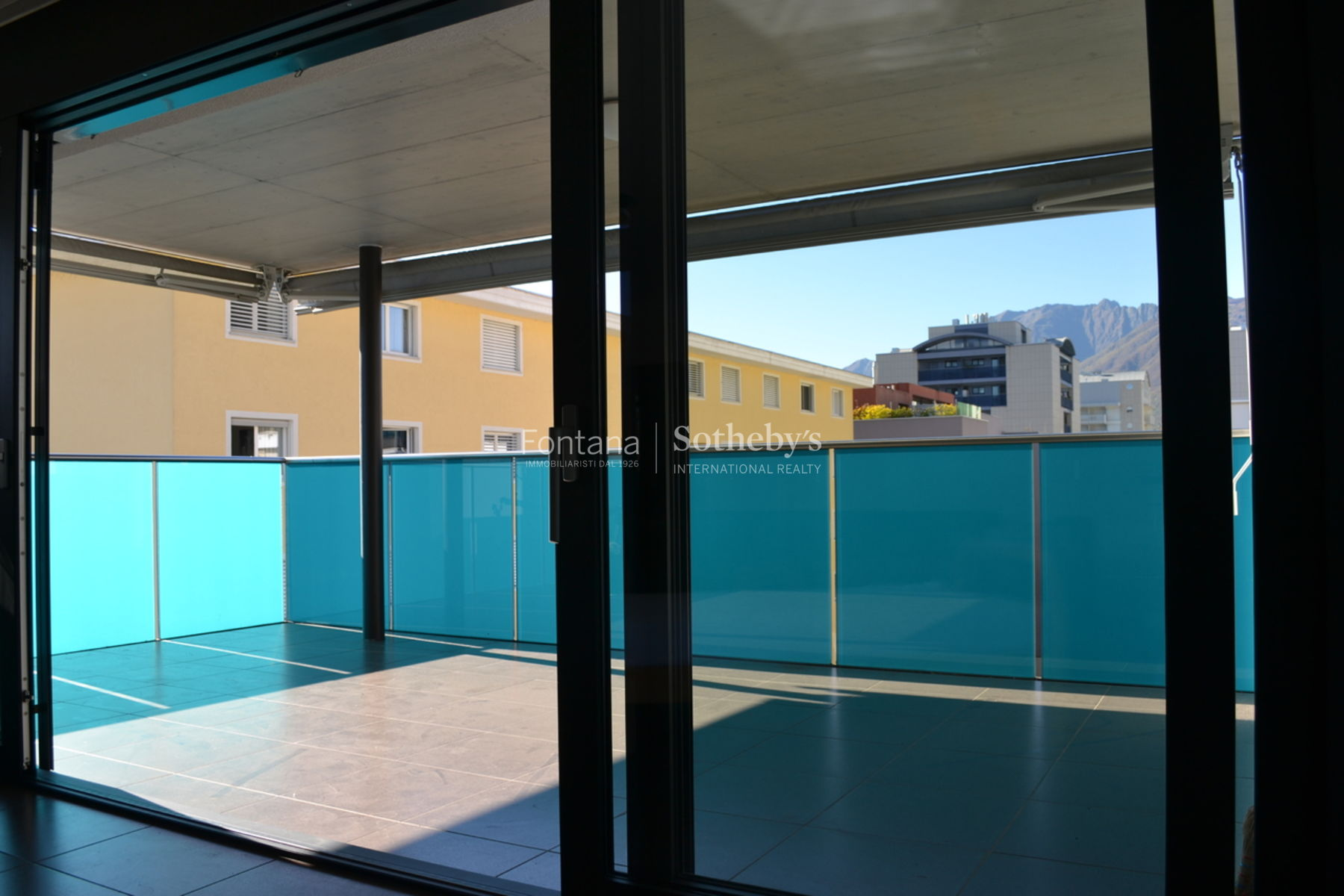 Additional photo for property listing at Beautiful 3.5 room apartment in the center of Locarno  Locarno, Ticino 6600 Switzerland