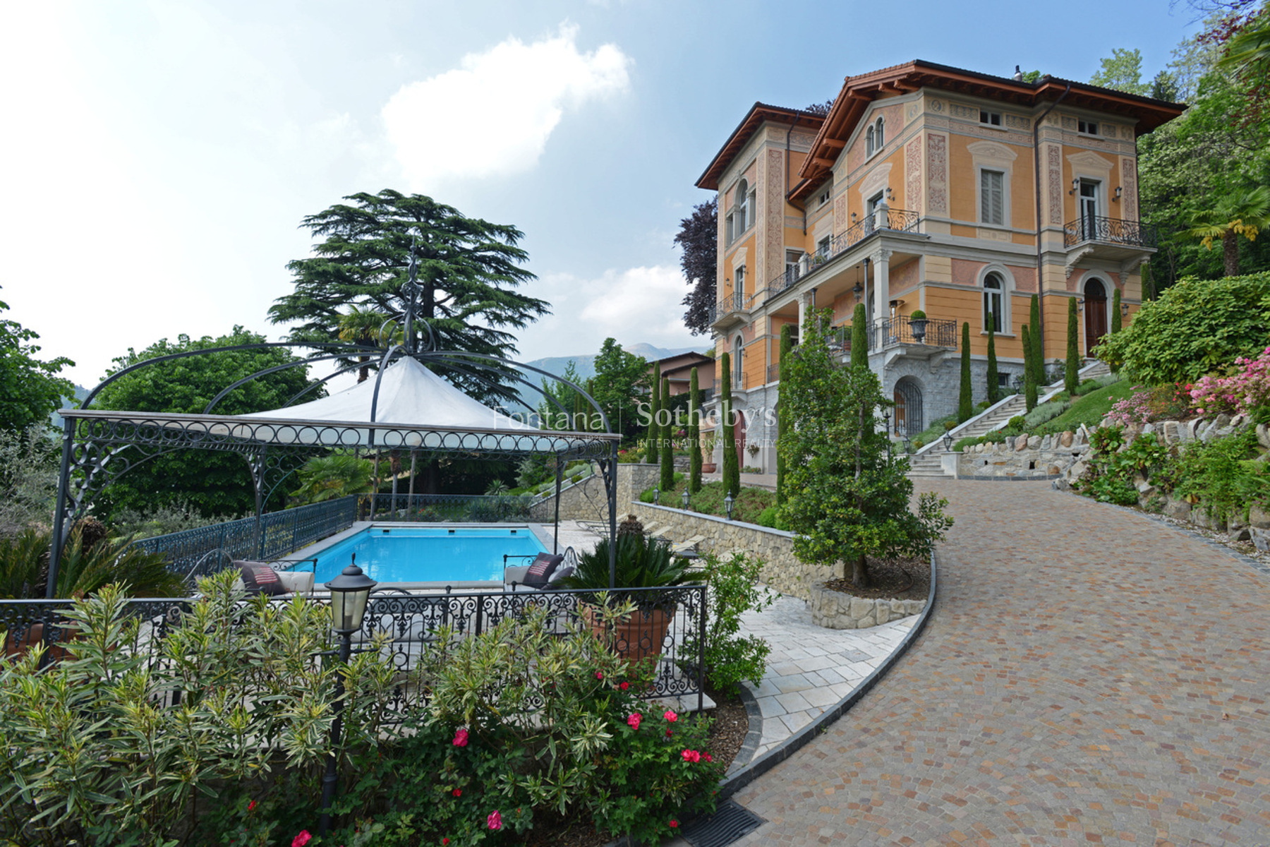 "Property For Sale at ""Villa Pierina"" - Beautiful 19th century-villa"