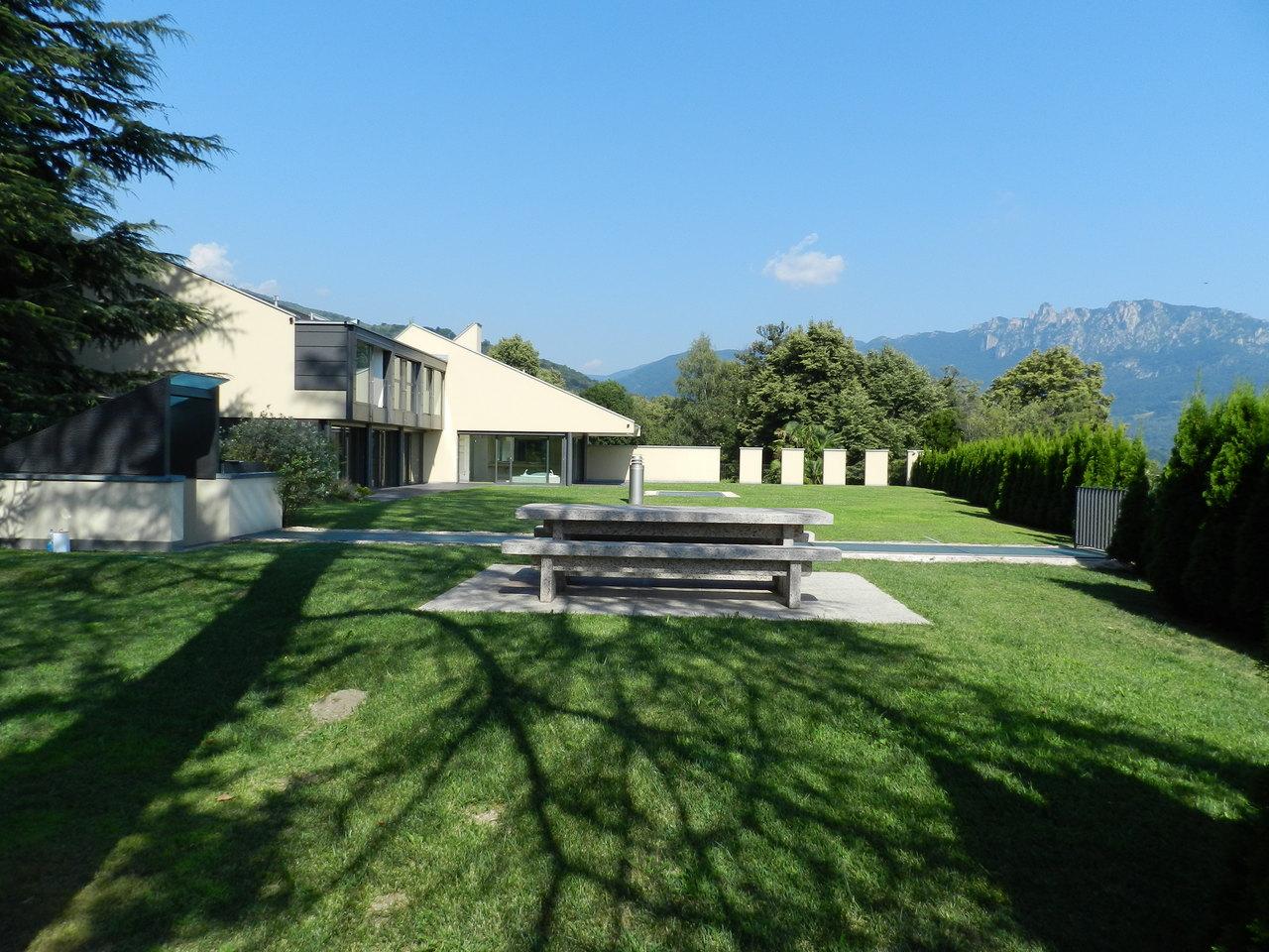 Single Family Home for Sale at Moderna proprietà privata Bigorio Lugano, Ticino 6900 Switzerland