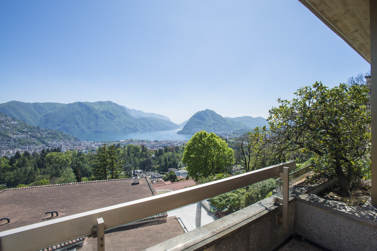 Einfamilienhaus für Verkauf beim Spaziosa villa in zona prestigiosa Porza Porza, Ticino 6948 Schweiz