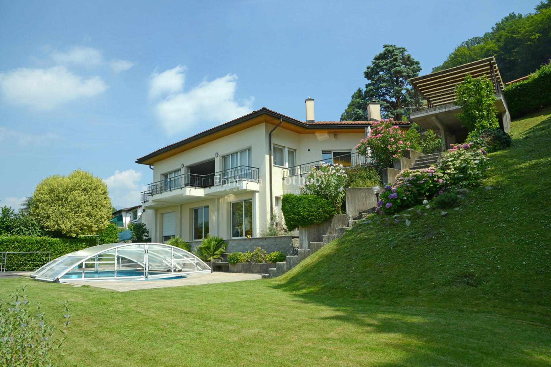 Single Family Home for Sale at Luxury villa set in an exclusive location Montagnola Montagnola, Ticino, 6926 Switzerland