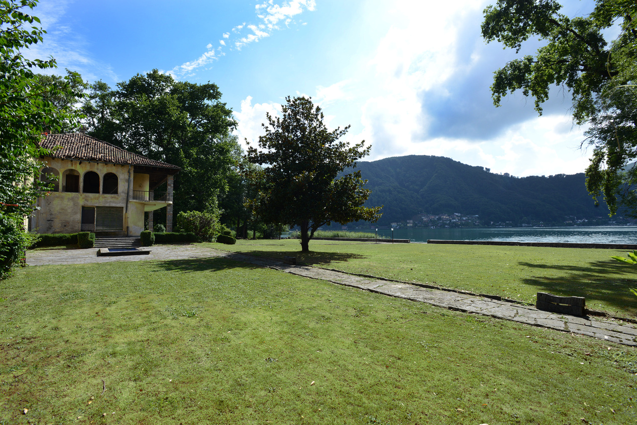 Land for Sale at Unique lake front park with villa (in need of renovation) Caslano Caslano, Ticino 6987 Switzerland