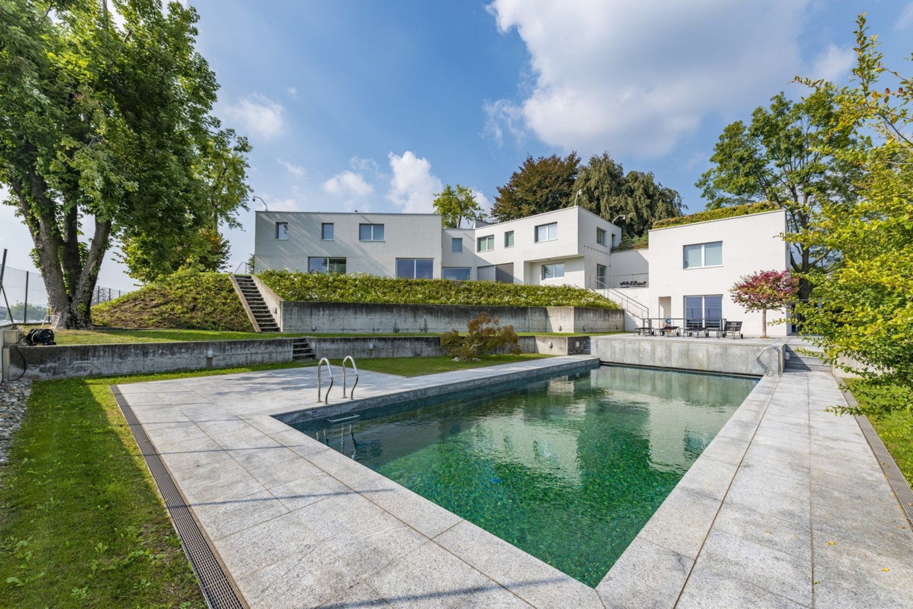Single Family Homes por un Venta en Prestigious modern architecture villa Coldrerio Other Ticino, Tesino 6877 Suiza