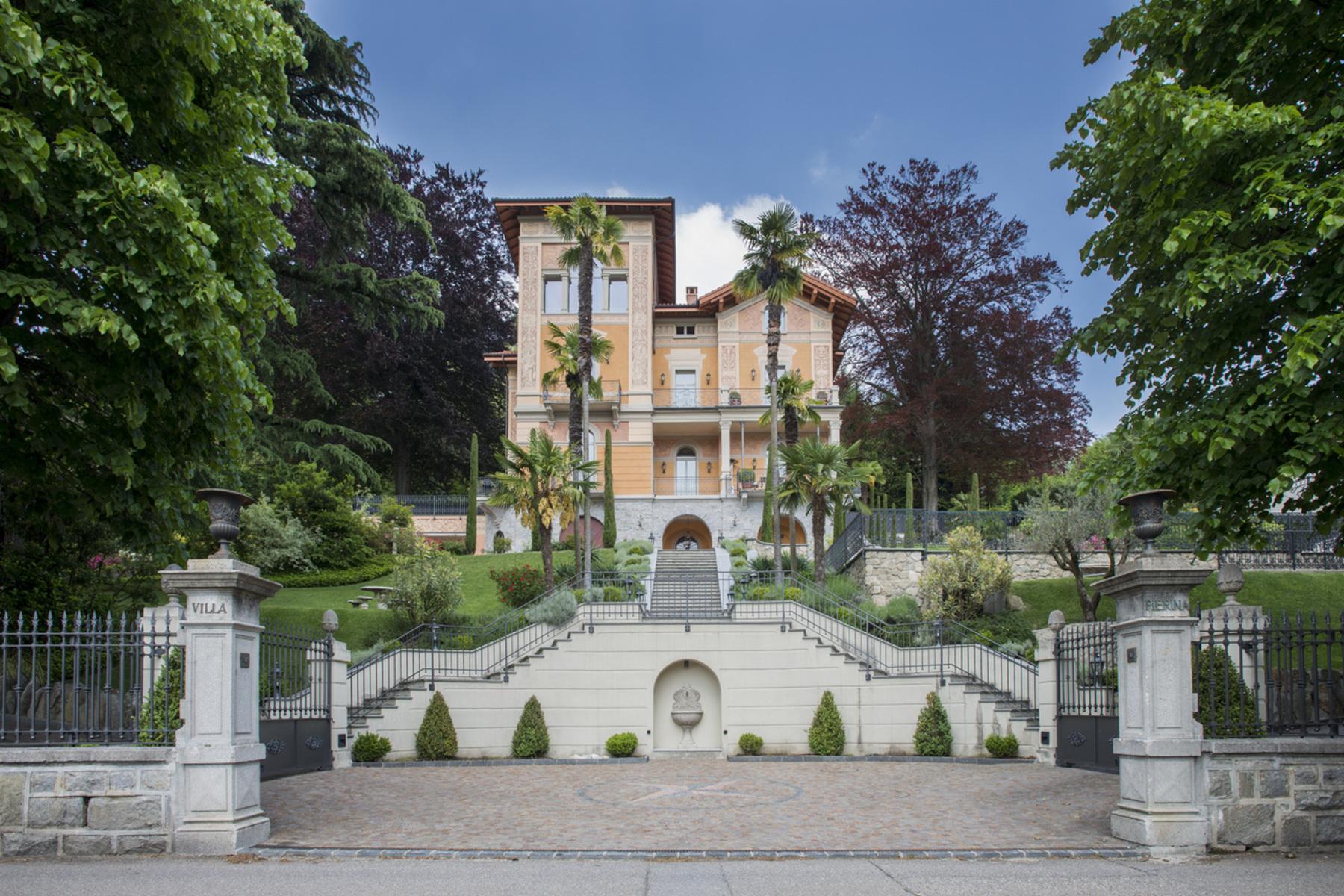 Property For Sale Curio