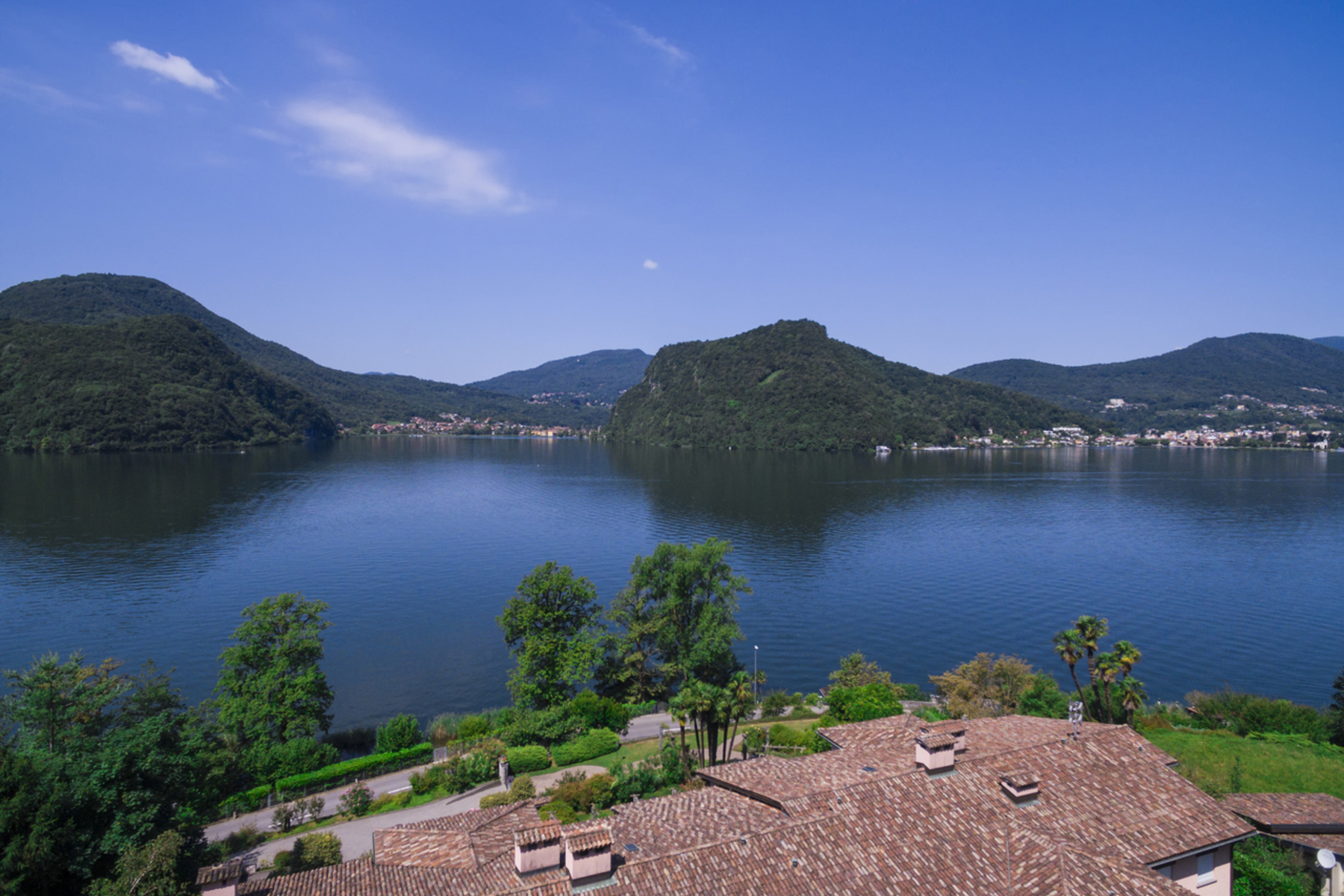 一戸建て のために 売買 アット Large property with own lake plot Figino, Figino, Ticino, 6918 スイス