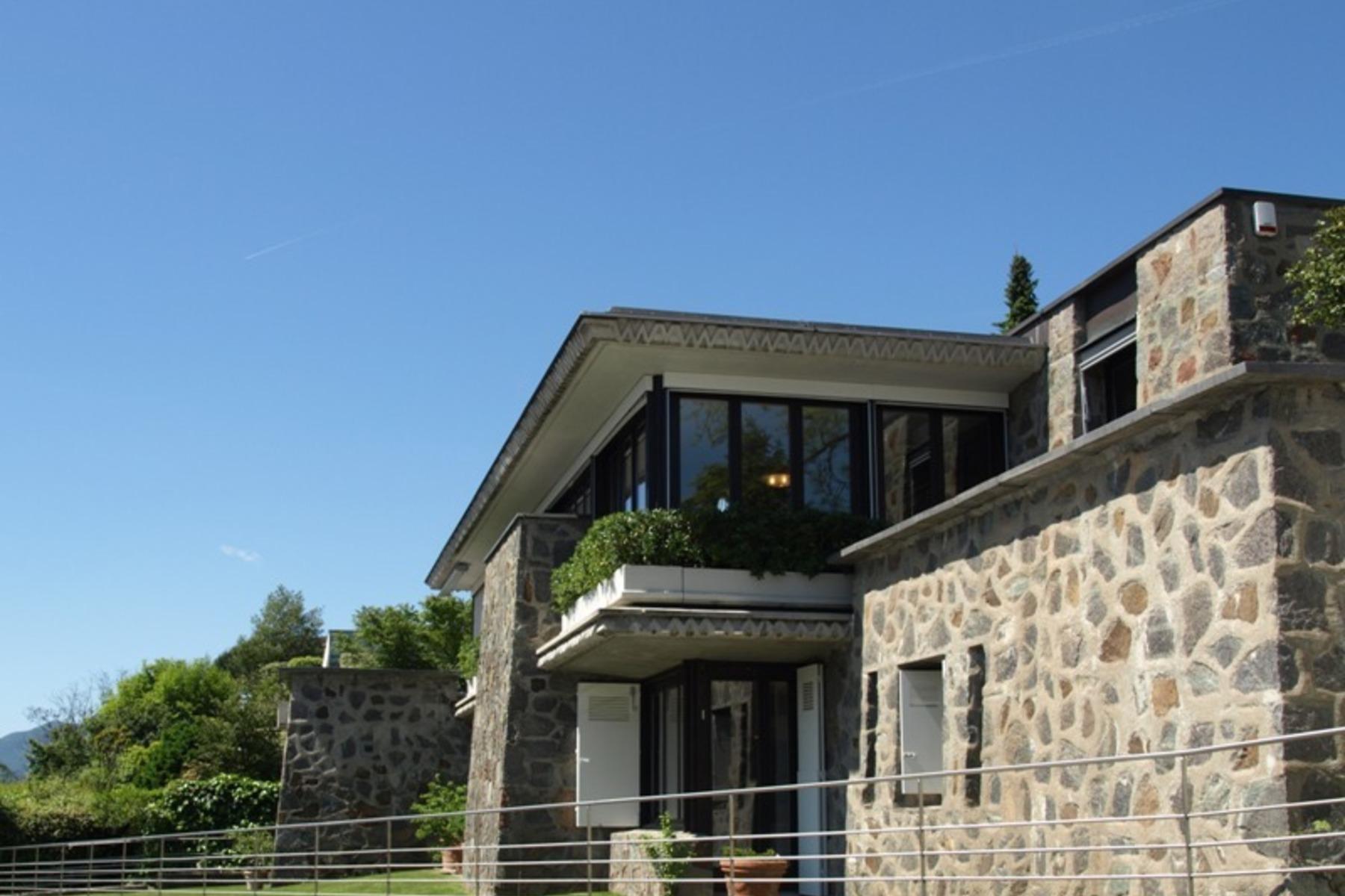 Частный односемейный дом для того Продажа на Villa by Franco Ponti Lugano-Massagno, Massagno, Ticino, 6900 Швейцария
