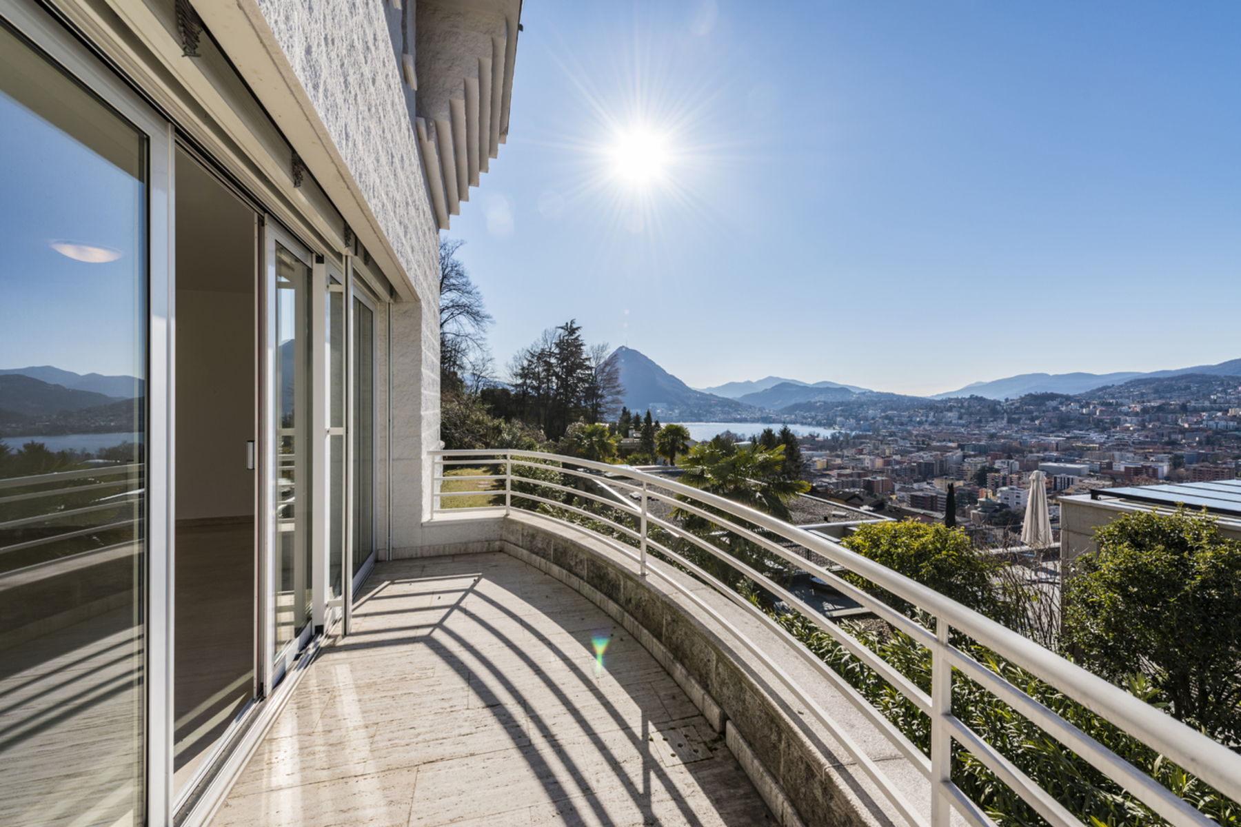 واحد منزل الأسرة للـ Sale في Twin villa in panoramic position Viganello, Ticino, 6962 Switzerland