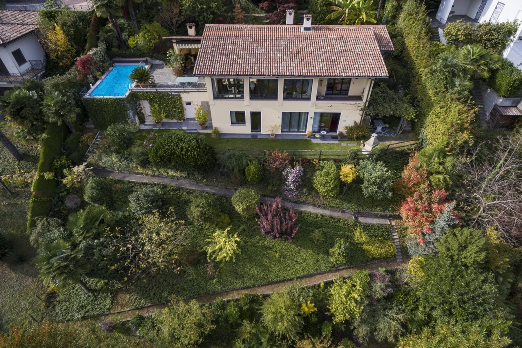 Частный односемейный дом для того Продажа на For sale, House, 6922 Morcote, Rif. 20905 Morcote, Ticino, 6922 Швейцария