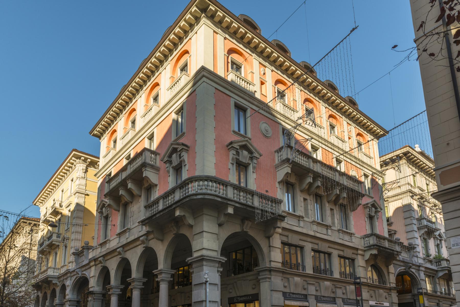 Appartement pour l Vente à Prestigious apartment located in a historical building Lugano, Lugano, Ticino, 6900 Suisse