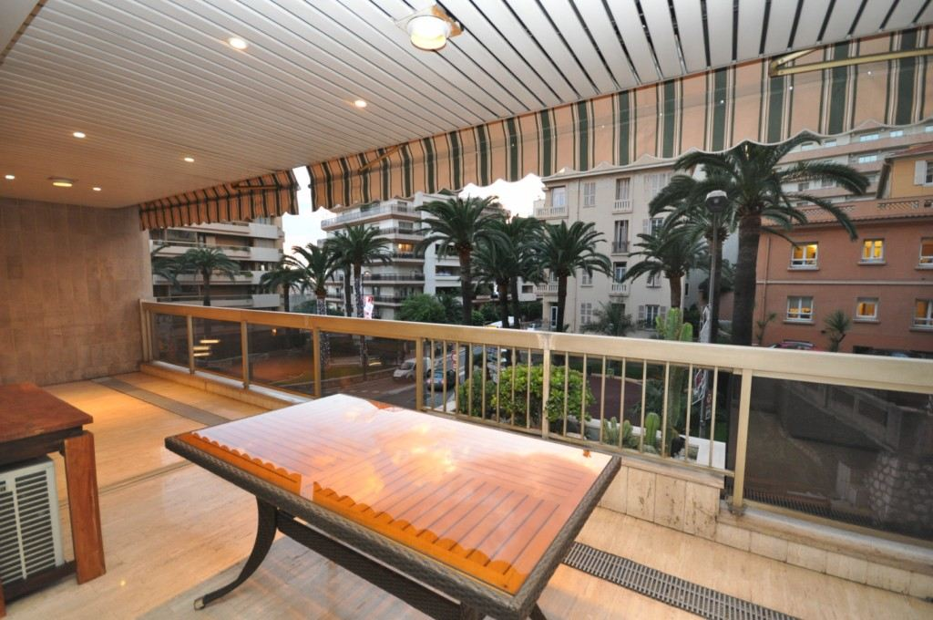 Apartment for Rent at 2 room flat to rent - Near Station, Port and Centre Other Monaco, Other Areas In Monaco 98000 Monaco