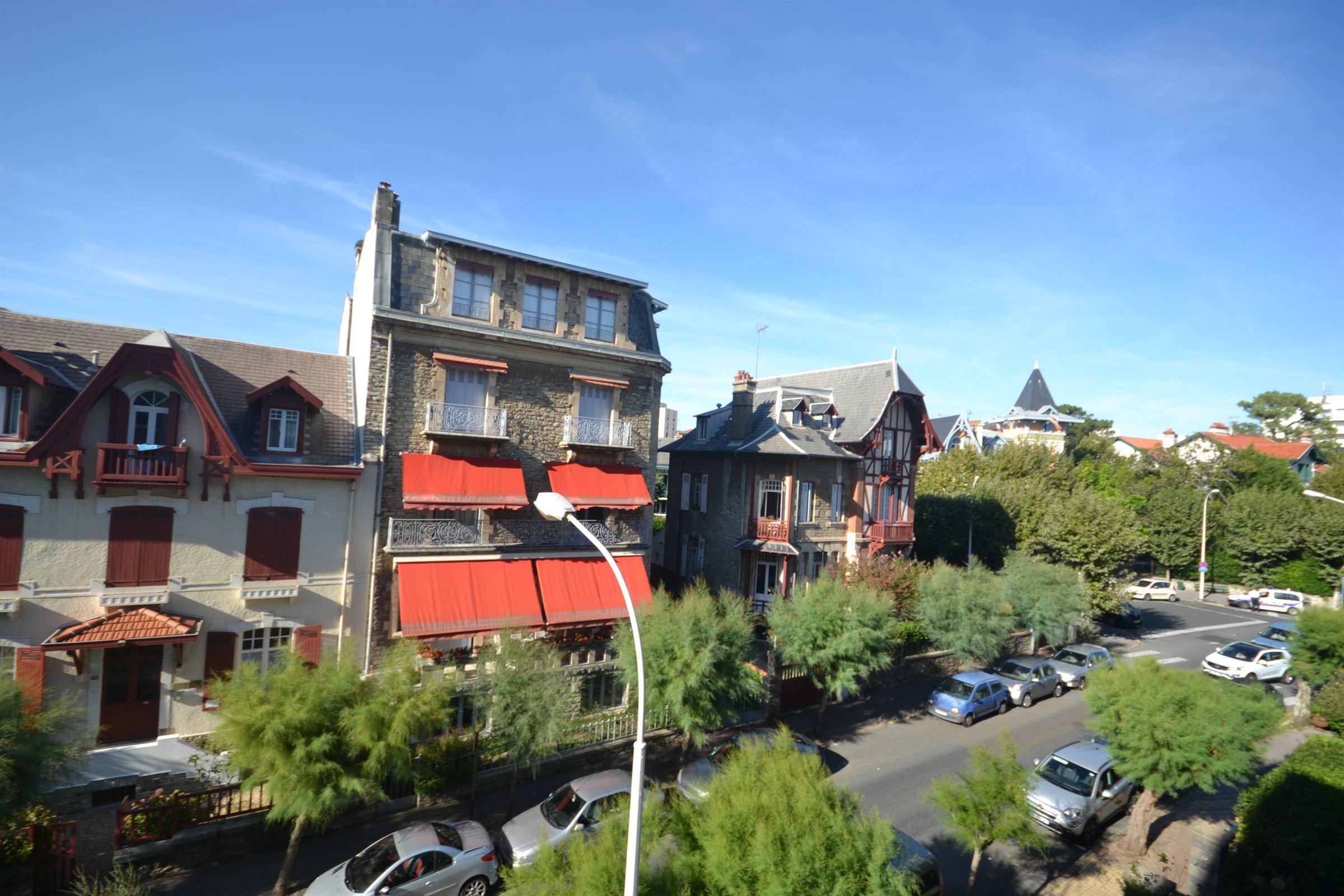 Квартира для того Продажа на BIARRITE SAINT CHARLES Biarritz, Аквитания, 64200 Франция