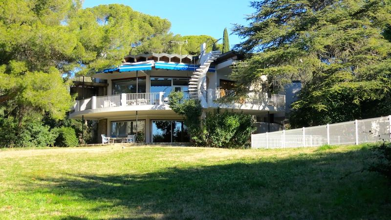 sales property at Architect villa of the sixties