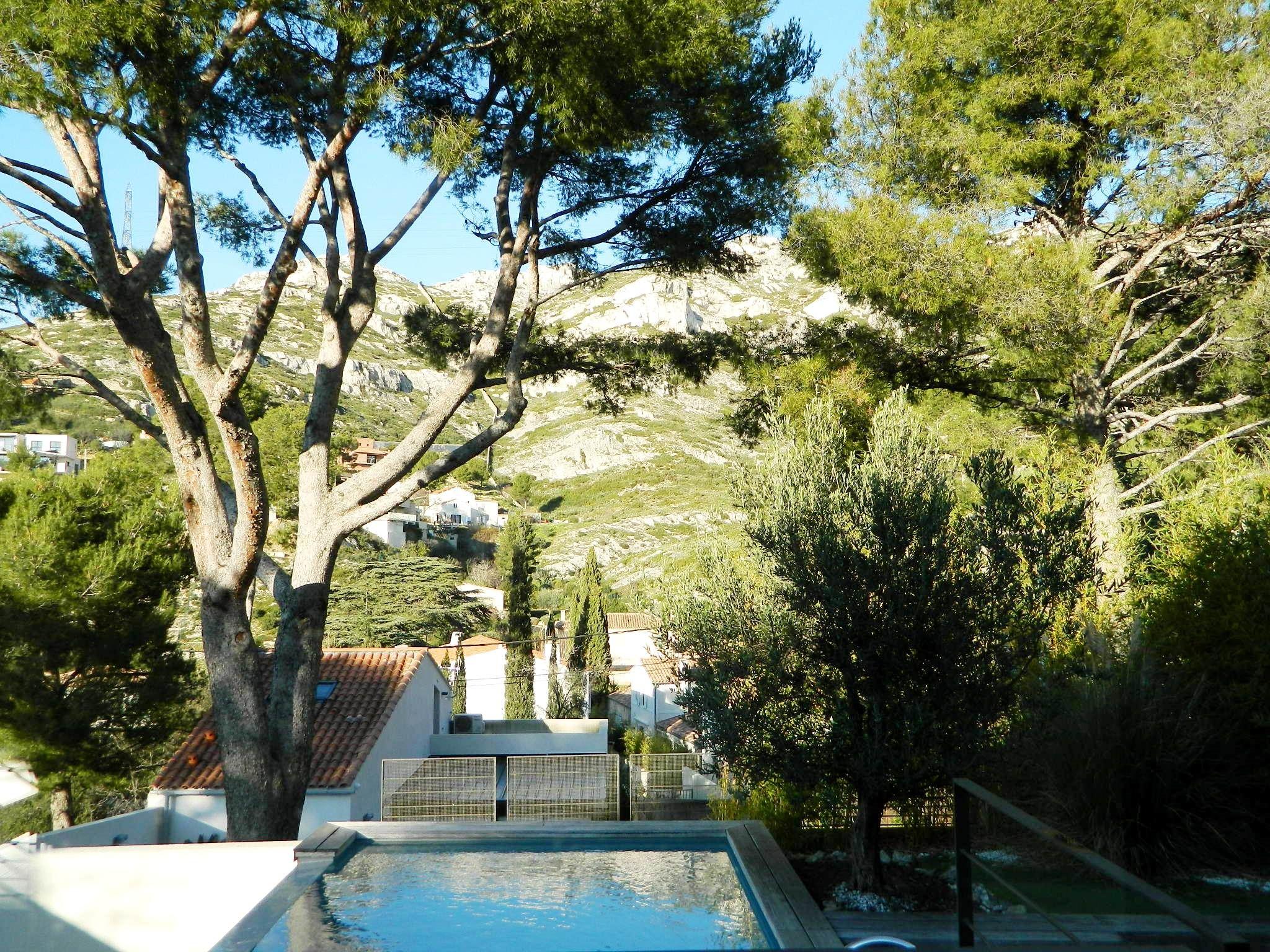 独户住宅 为 销售 在 EXCLUSIVITÉ - VILLA CONTEMPORAINE LA PANOUSE 马赛, 普罗旺斯阿尔卑斯蓝色海岸, 13009 法国