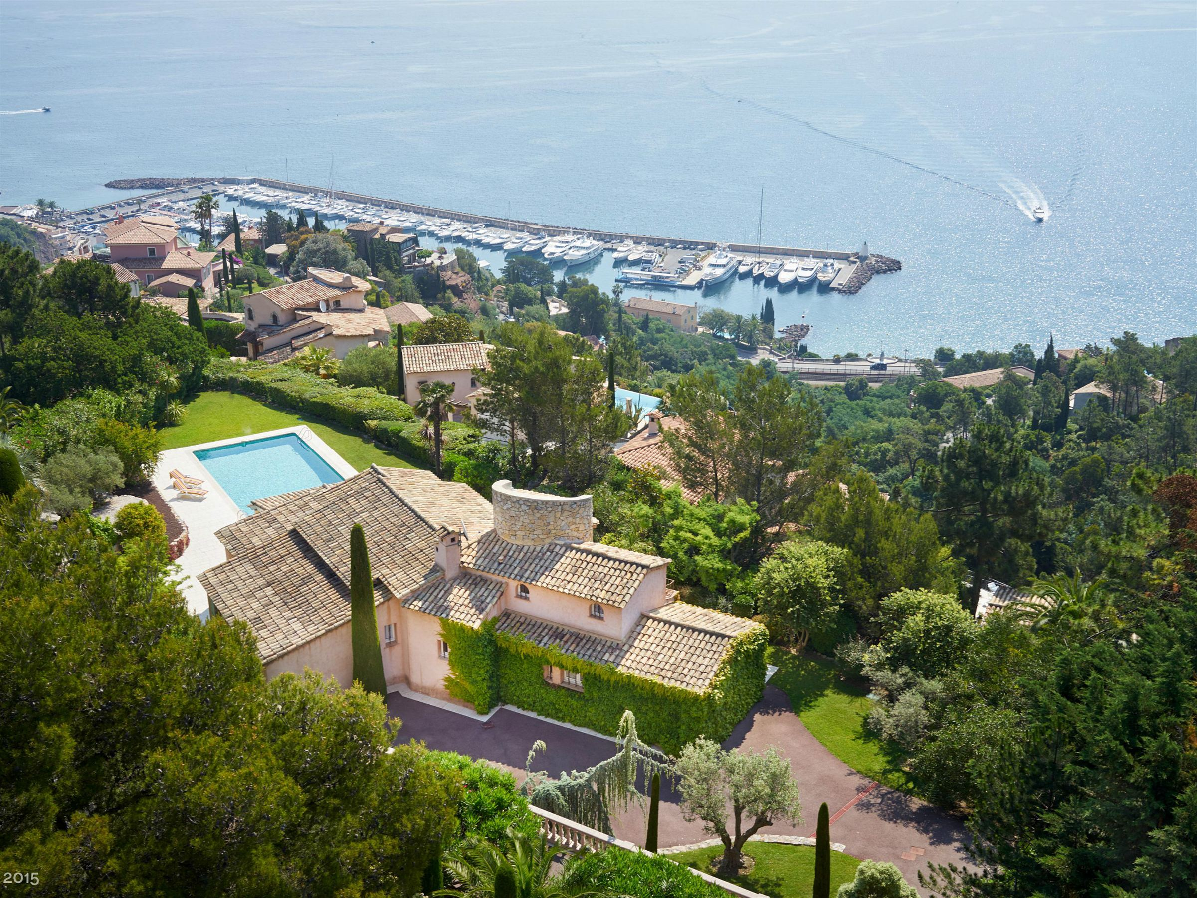 Single Family Home for Sale at Wonderful provençal house with panoramic sea views Theoule Sur Mer, Provence-Alpes-Cote D'Azur, 06590 France