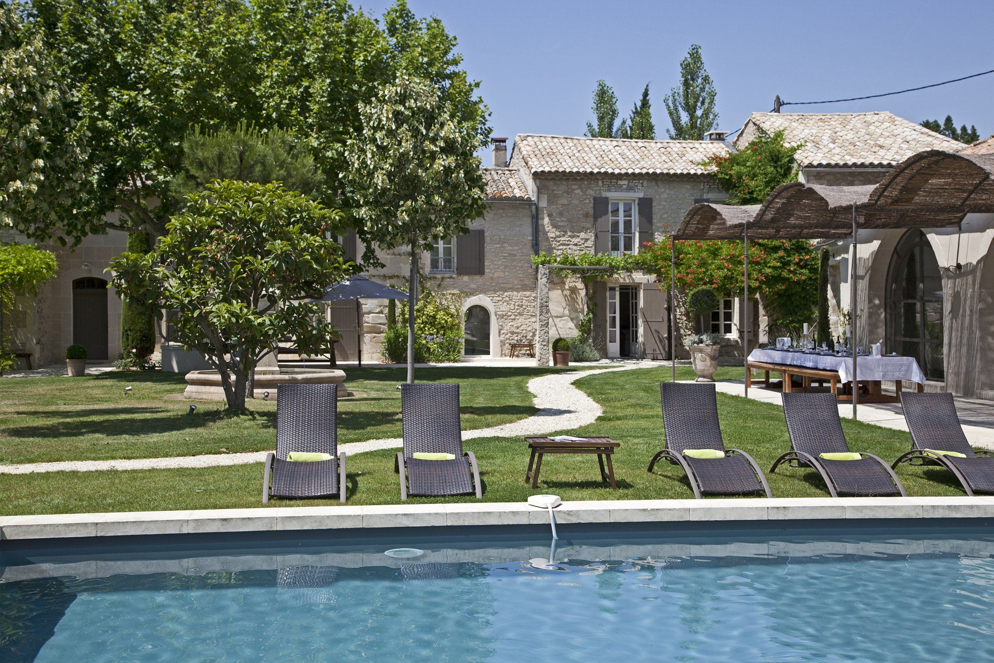 sales property at Tastefully renovated farmhouse in Saint Remy de Provence