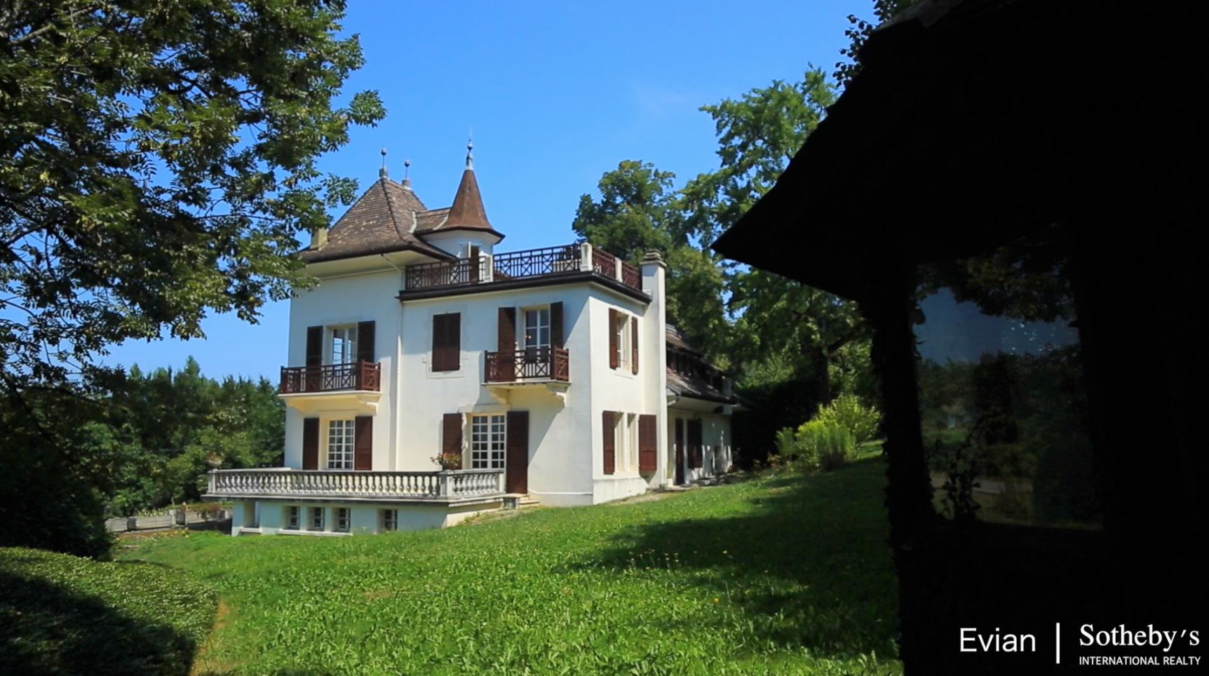 sales property at RARE, EVIAN HOUSE OF THE BEGINNING OF THE 20TH CENTURY