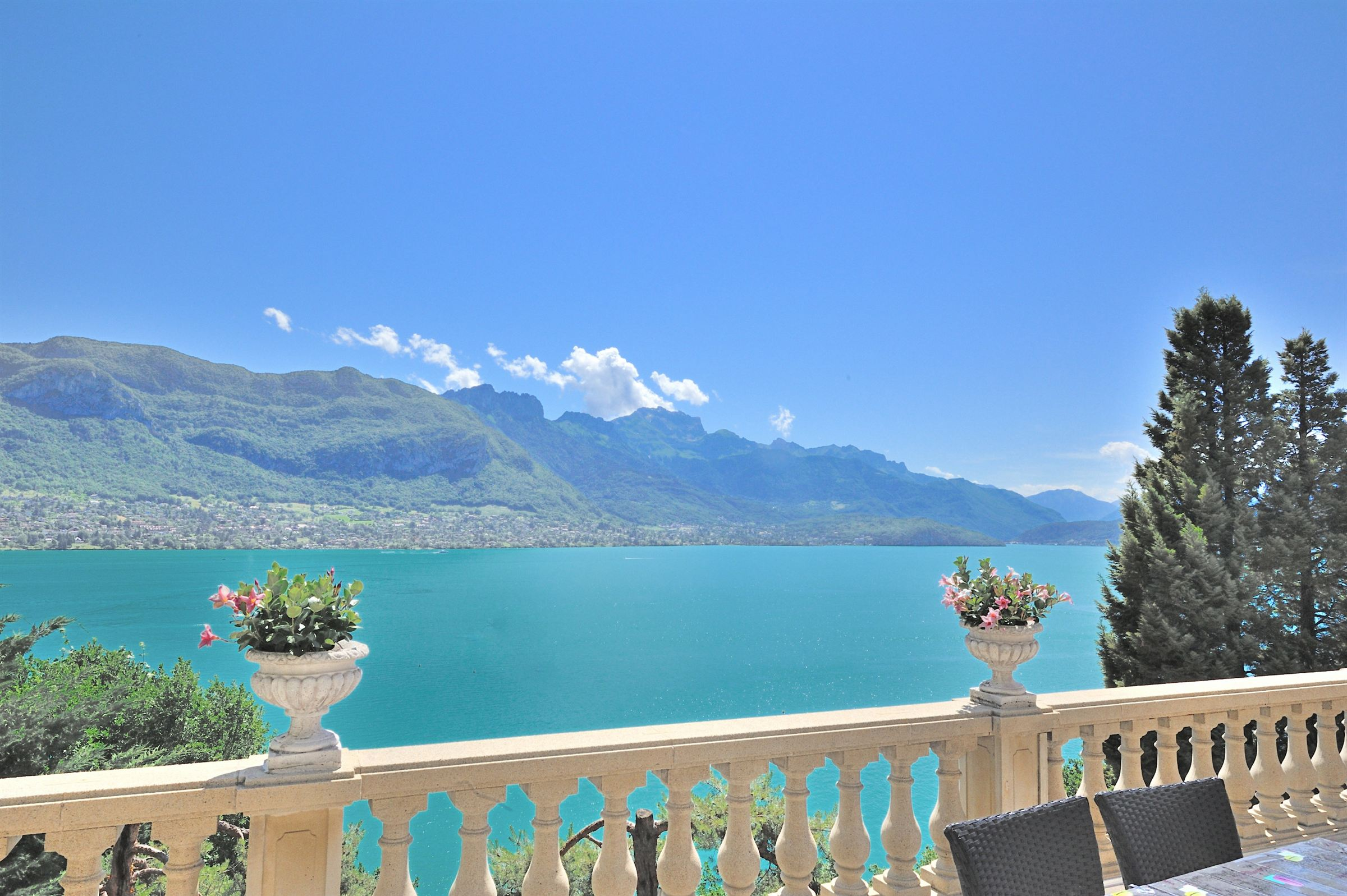 獨棟家庭住宅 為 出售 在 House Annecy, 羅納阿爾卑斯 74000 法國