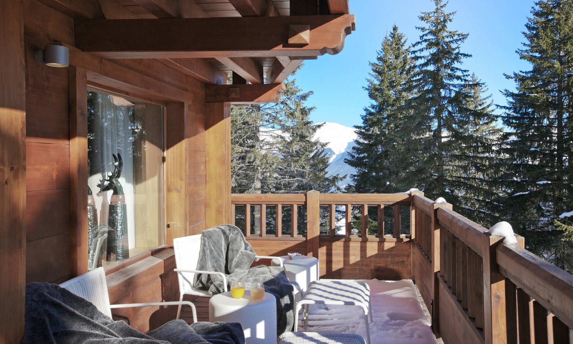 Property Of Chalet for rent in Courchevel Timeless