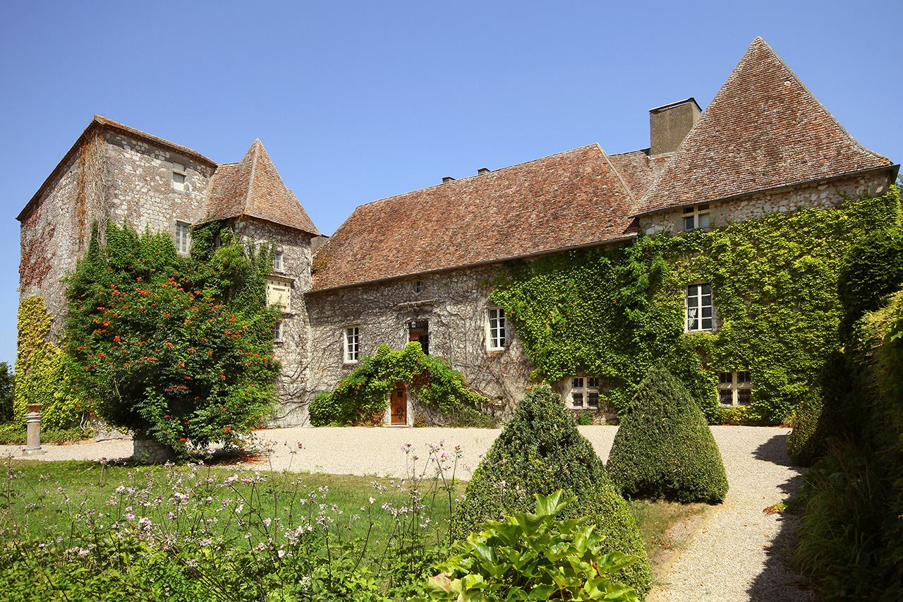 Property For Sale at Castle in the South of Perigord - 56 ha