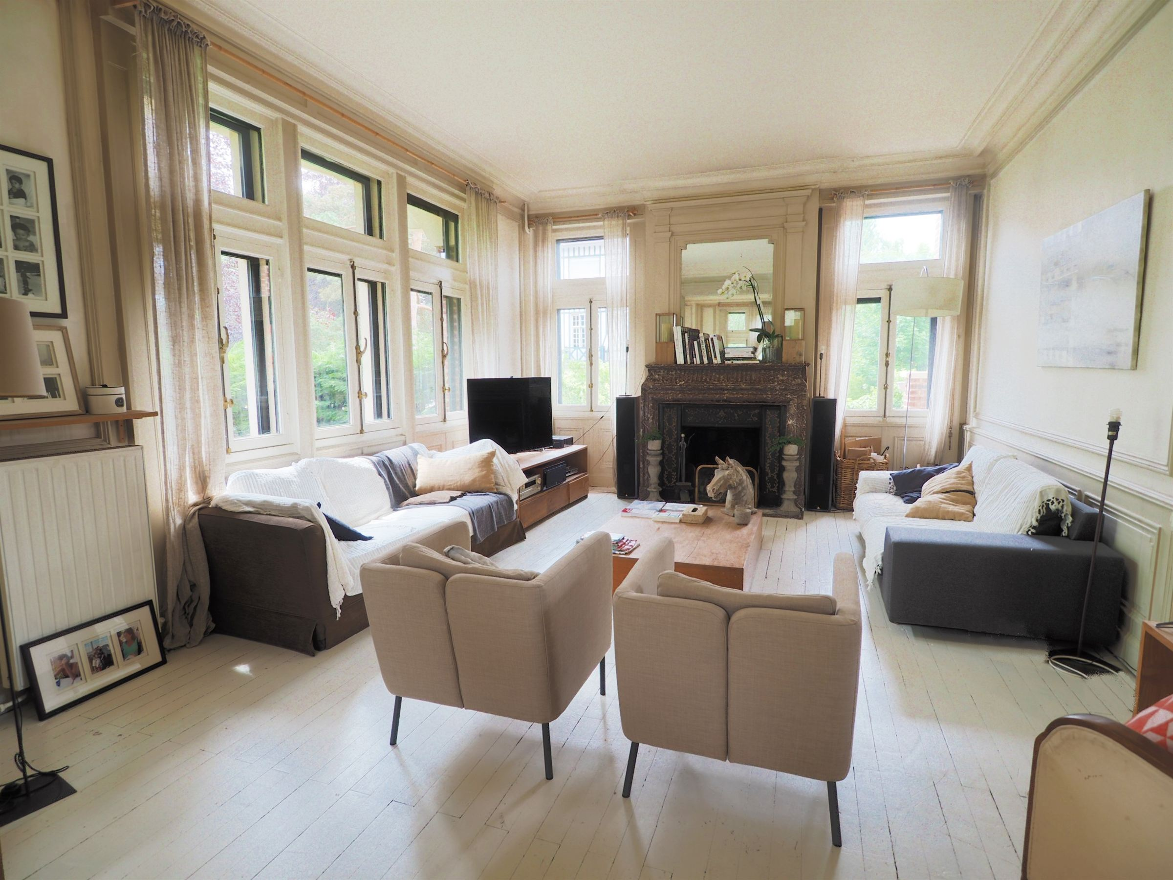 sales property at BARBIEUX detached private house, 330 m² hab. 7 ch