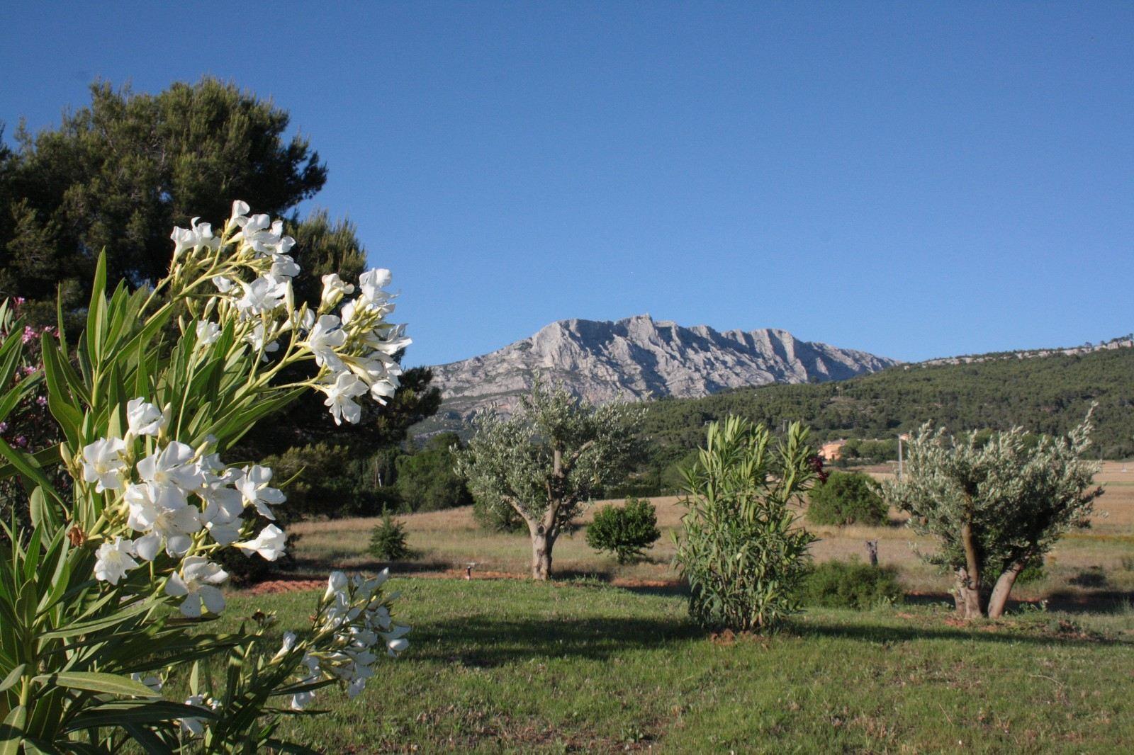 단독 가정 주택 용 매매 에 In the footsteps of Cezanne Other Provence-Alpes-Cote D'Azur, 프로벤스 앞ㄹ프스 코테 D'Azur, 13100 프랑스