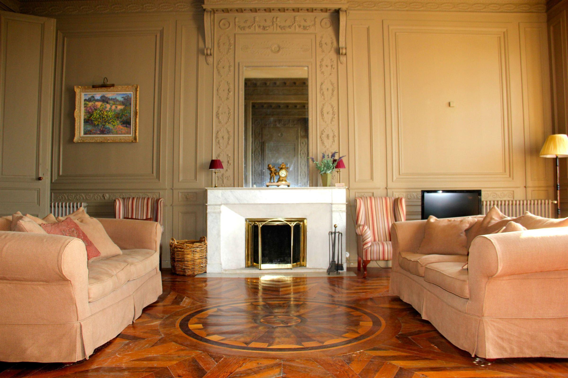 Appartement pour l Vente à BORDEAUX - QUAI DES CHARTRONS - GORGEOUS RENOVATED APARTMENT Bordeaux, Aquitaine 33000 France