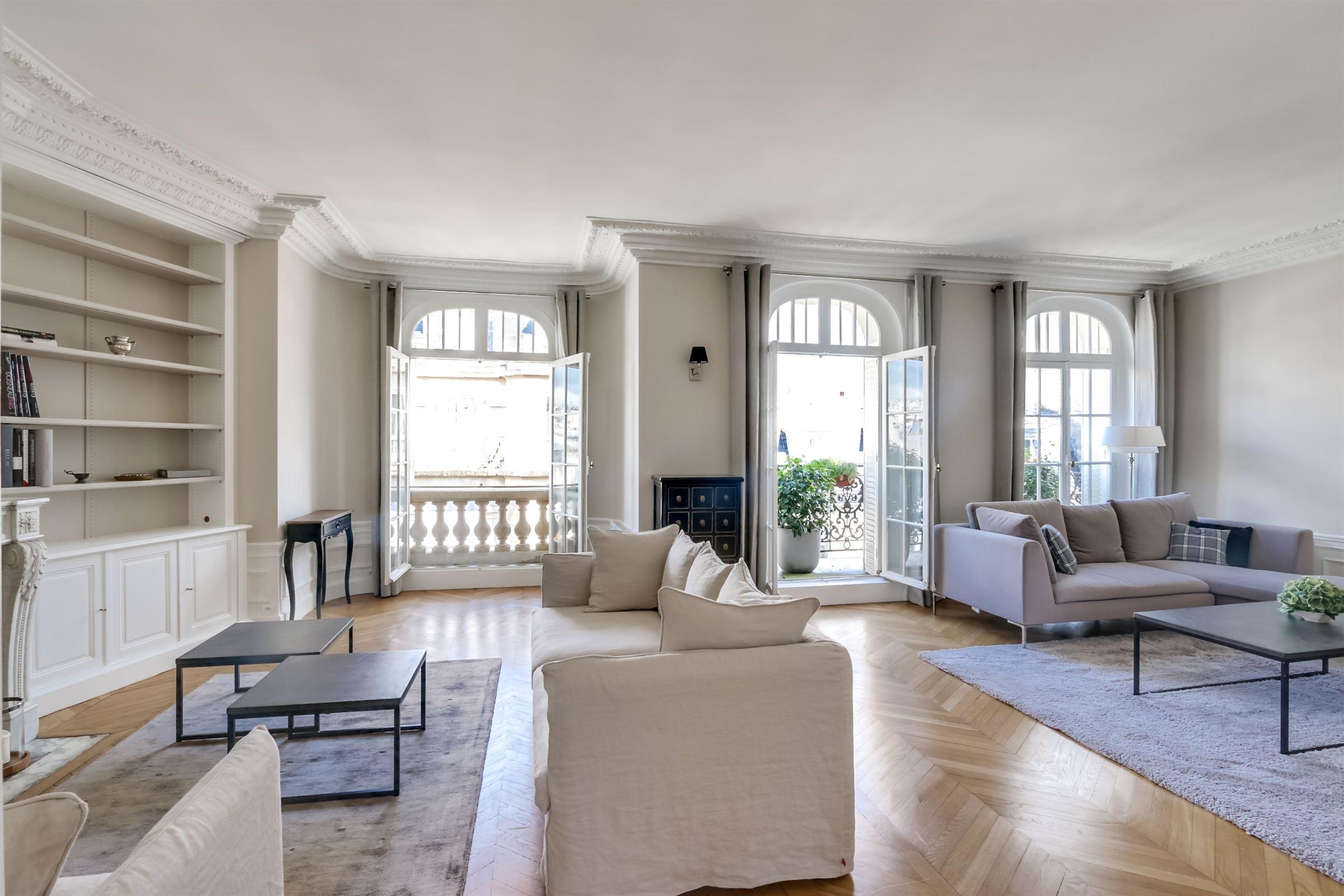 sales property at Apartment for sale - Sole Agent - in Paris 16th - Iéna - Kléber