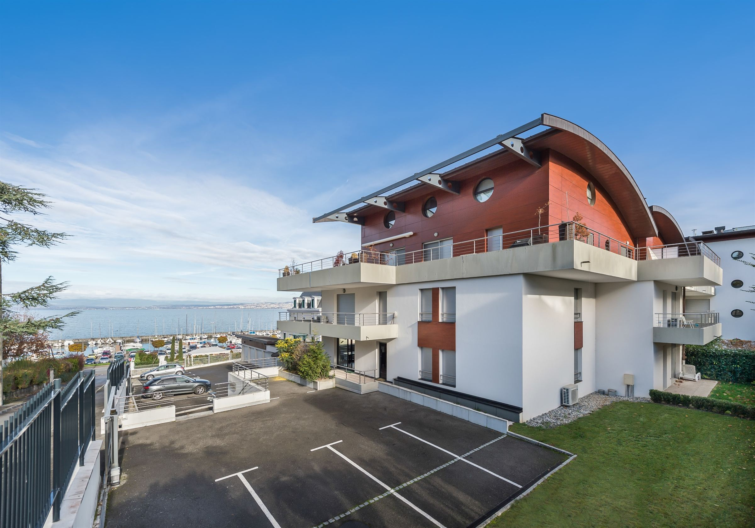 Property For Sale at Flat 4 bedrooms evian lake view