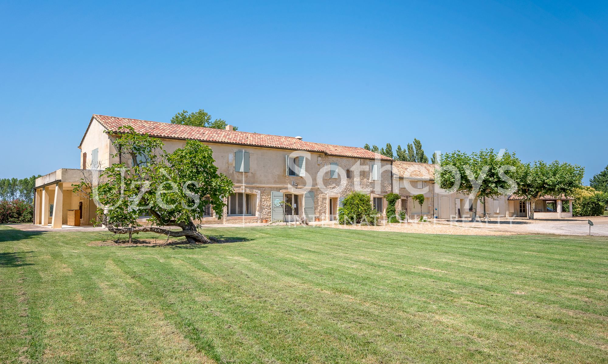 sales property at A single domain in the heart of the Camargue.....