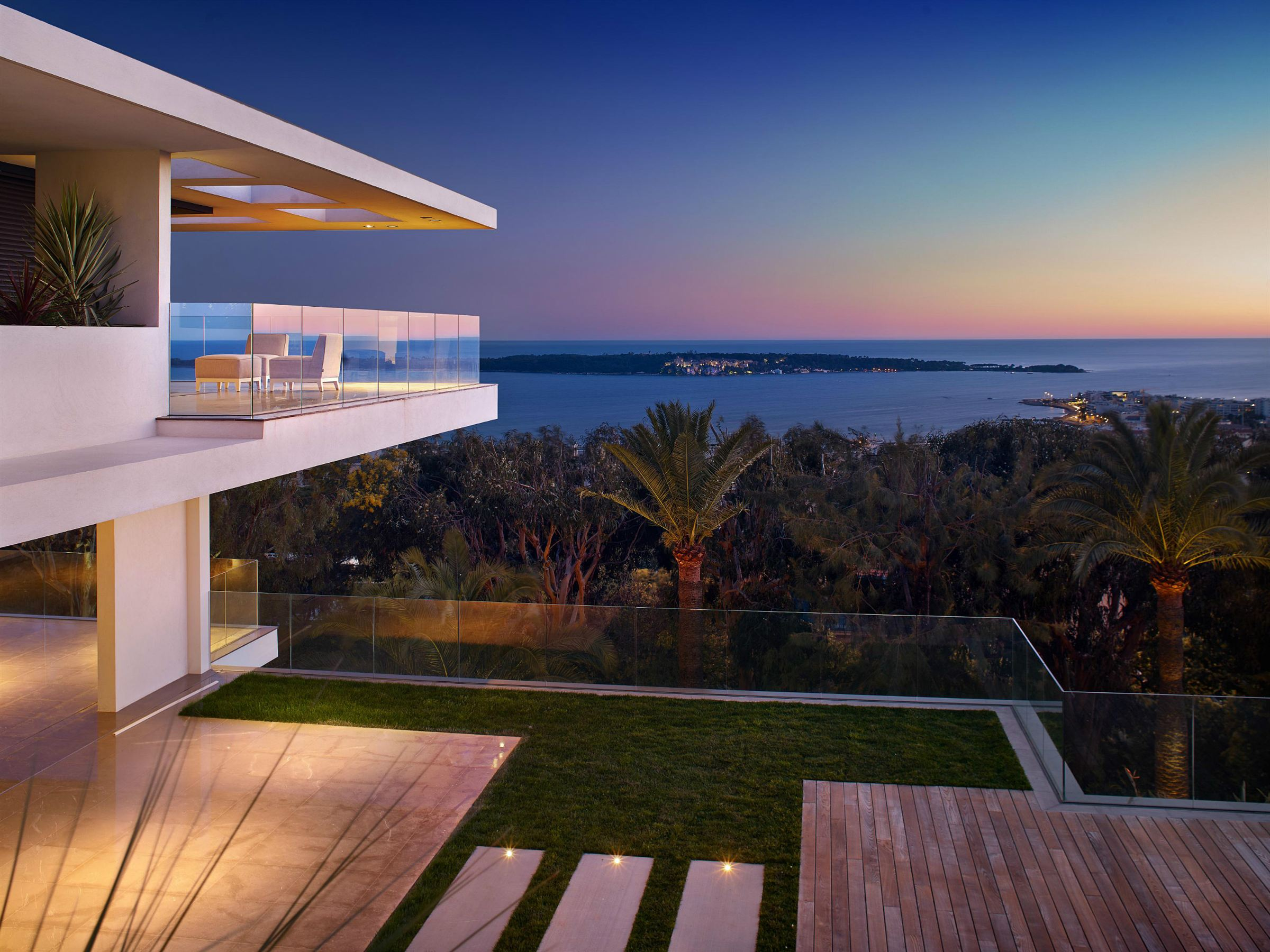Nhà ở một gia đình vì Bán tại Luxury contemporay property for sale in Cannes Californie - panoramic sea views Cannes, Provence-Alpes-Cote D'Azur 06400 Pháp