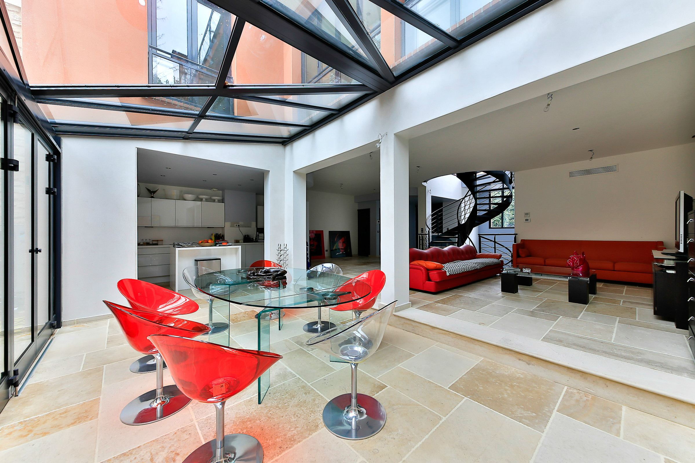 Property For Sale at Paris 14 - Parc Montsouris. Sublime TownHouse with garden