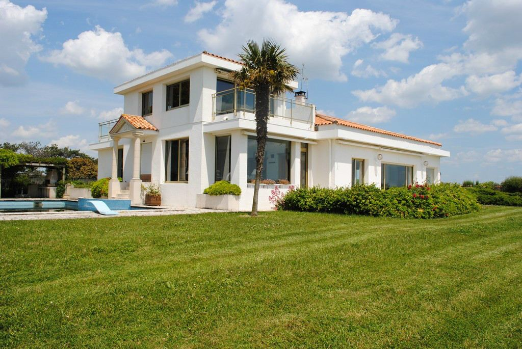 Property For Sale at VIlla sea front