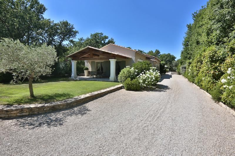 Single Family Home for Sale at Hamlet house Gordes, Provence-Alpes-Cote D'Azur, 84220 France