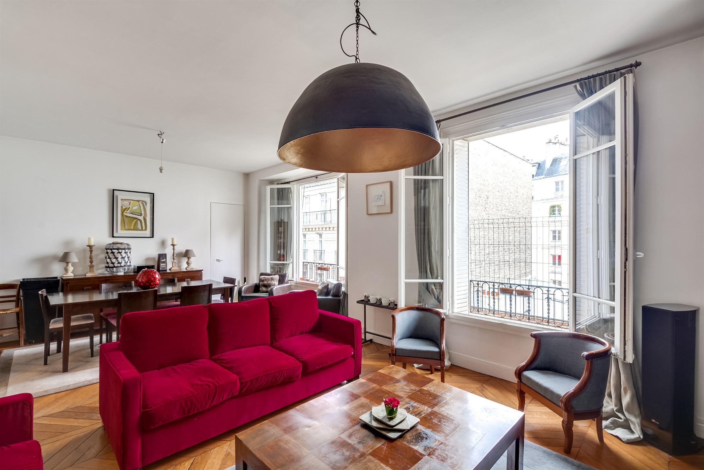 Apartamento por un Venta en Paris 16 - Chaussée de la Muette. Quiet environment, unobstructed apartment. Paris, Paris 75116 Francia