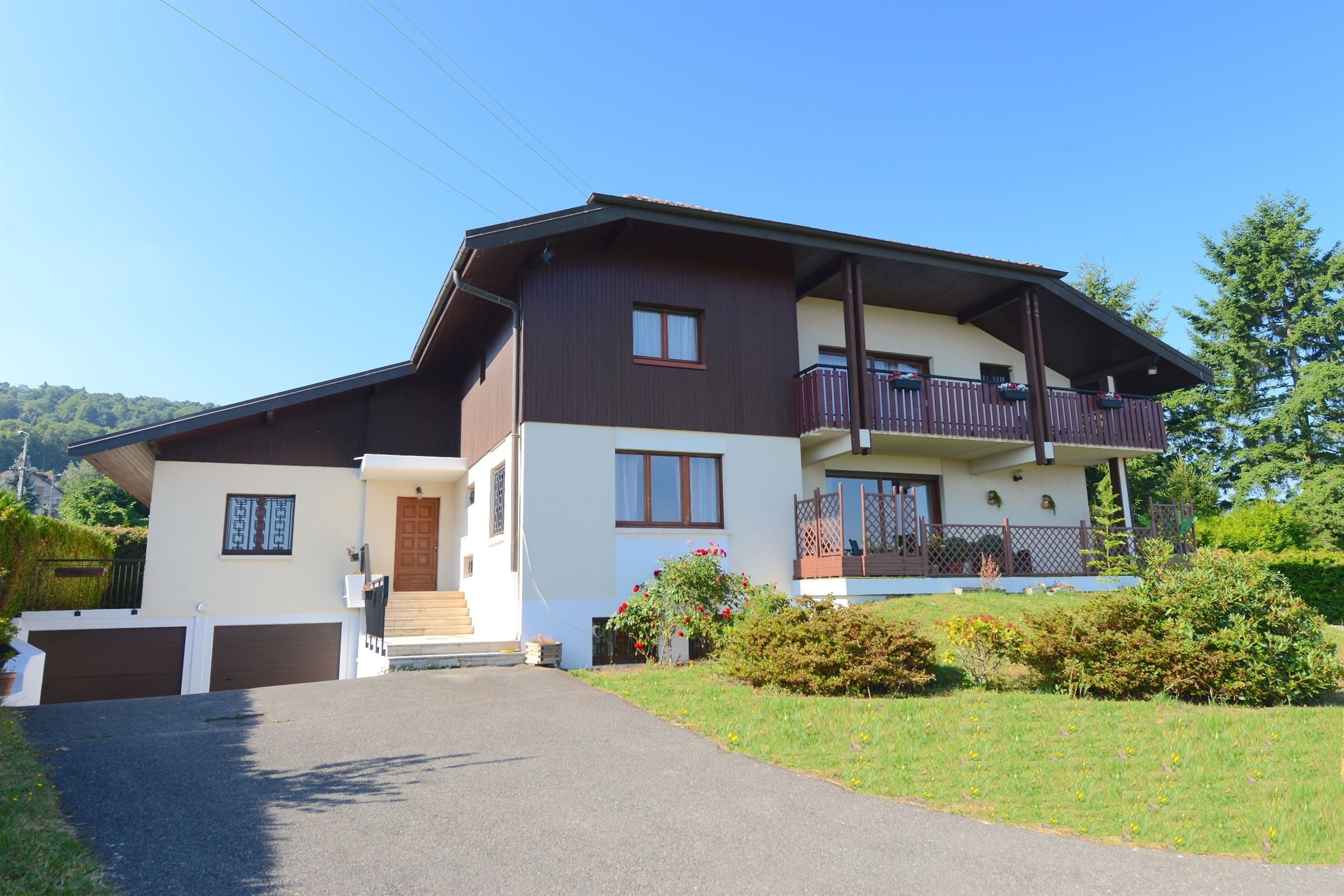 sales property at EVIAN / PUBLIER VILLA NEAR THE GOLF