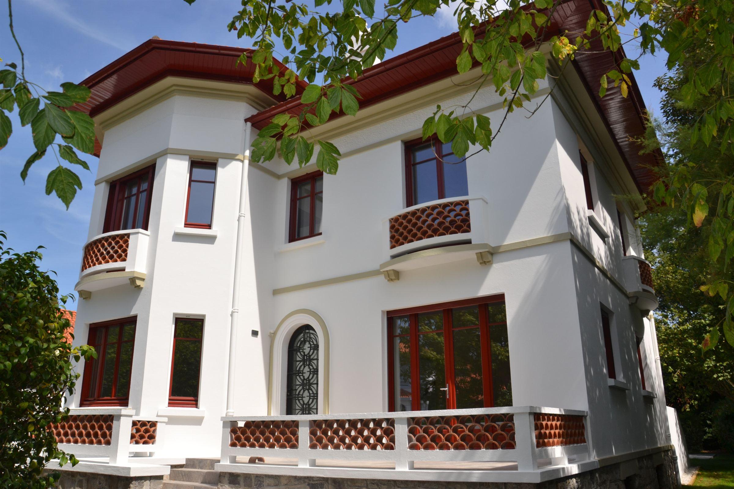 Maison unifamiliale pour l Vente à BIARRITZ LE COEUR DU PARC D'HIVER Biarritz, Aquitaine, 64200 France
