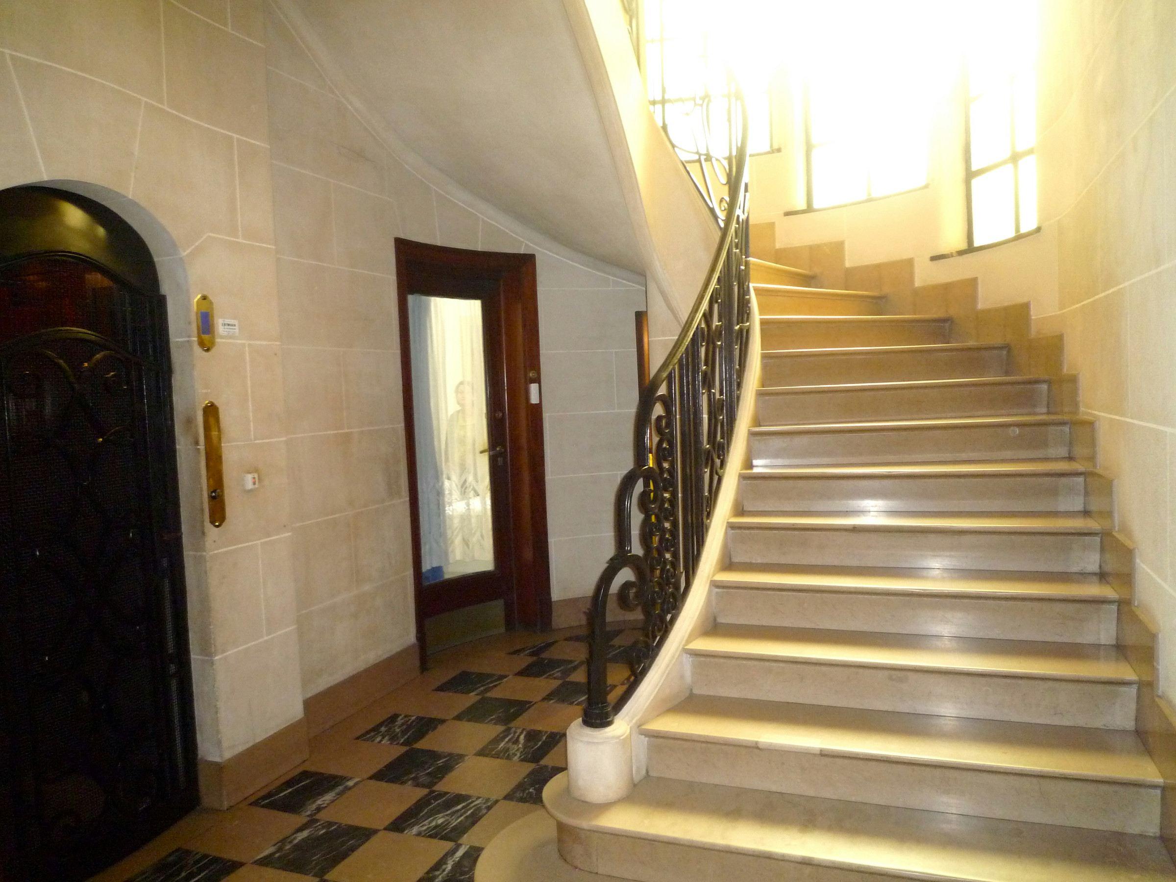Property For Sale at LA MADELEINE, District Botanique, exceptional Appt. 220 sq.m . 6 beds