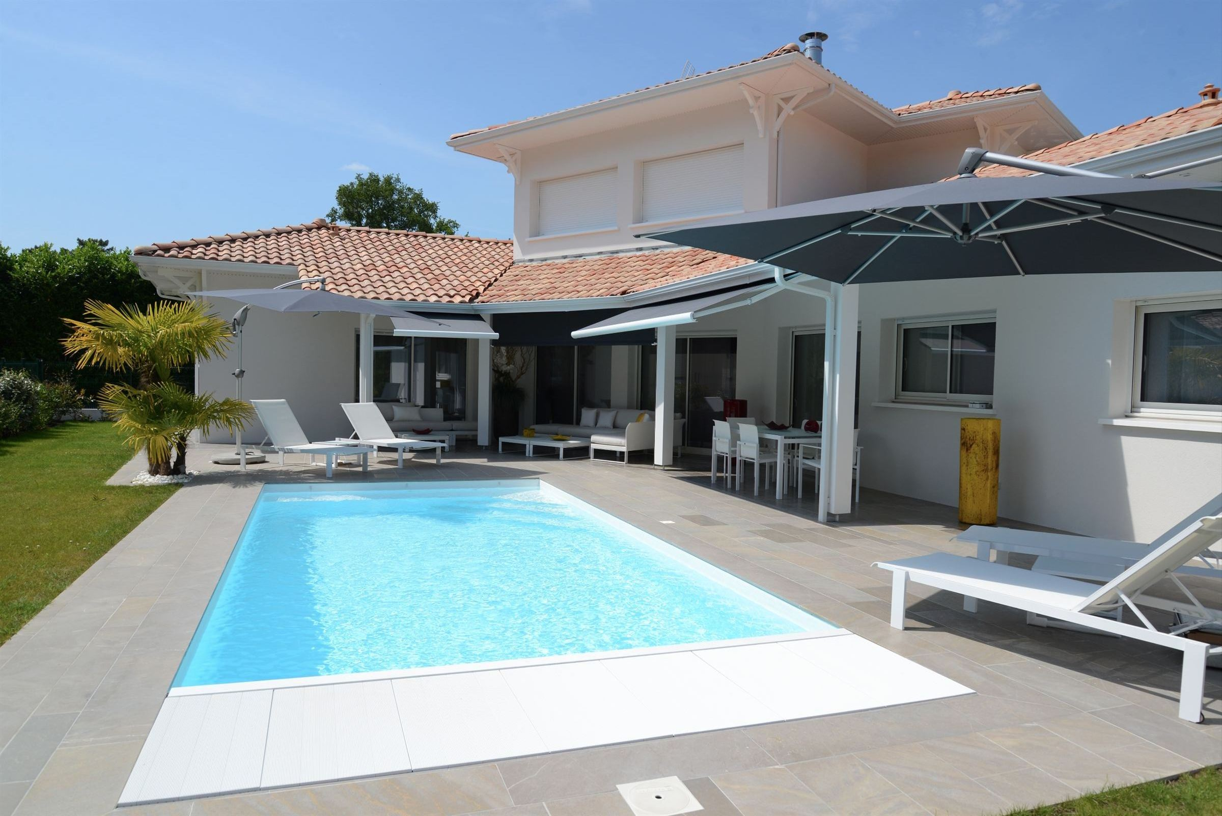 Property For Sale at ANDERNOS,MODERN VILLA WITH SWIMMING POOL