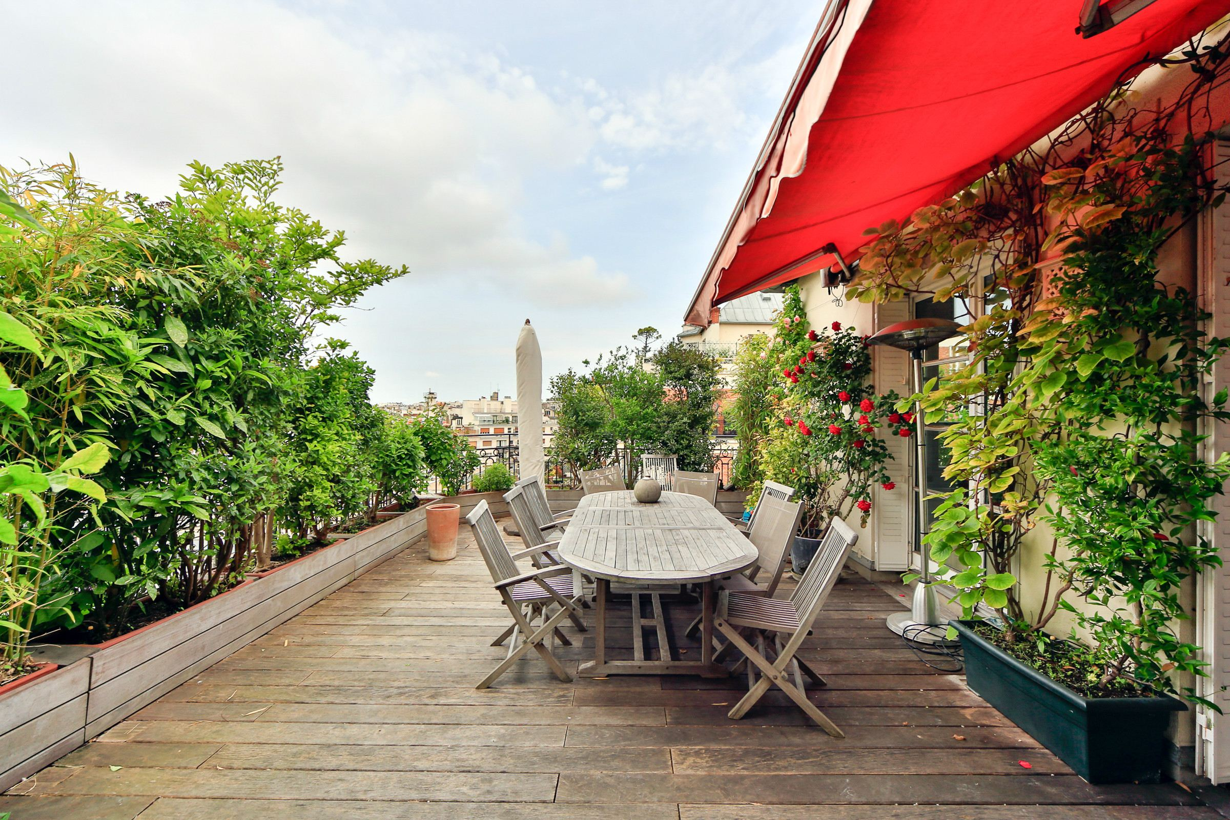 Property For Sale at Paris 16 - Passy. Penthouse 324m2. Terrace of 150 sq.m.