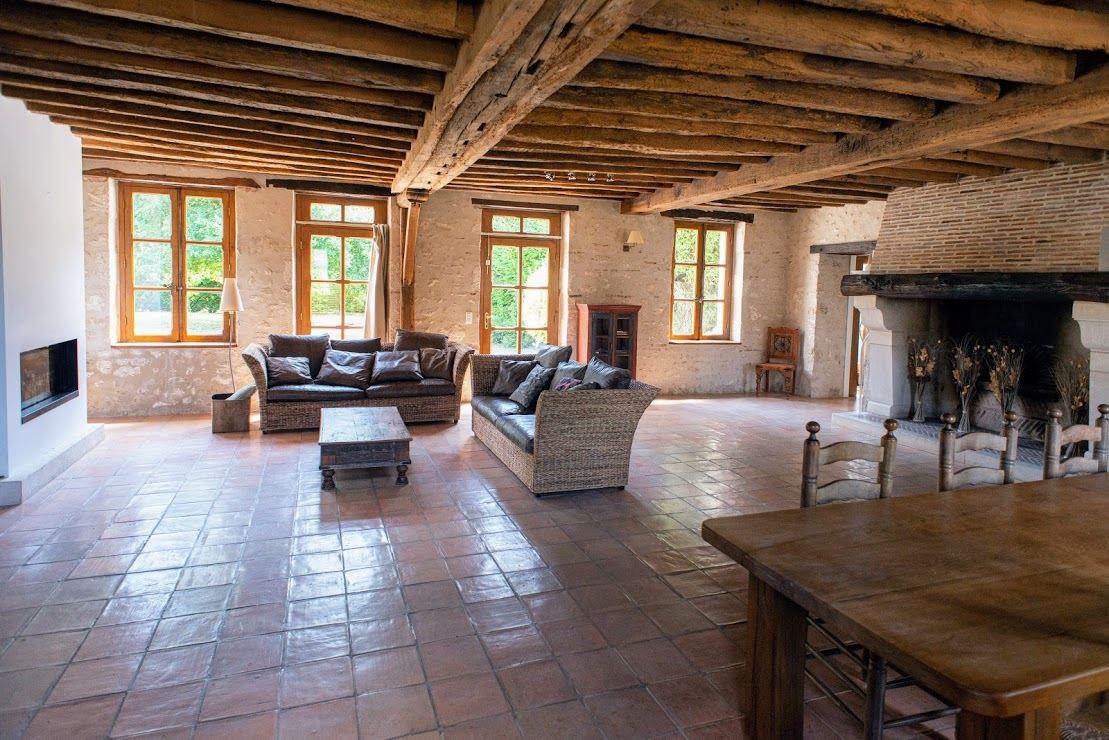 Single Family Homes for Active at MAISON FAMILIALE OLIVET Olivet, Centre 45160 France