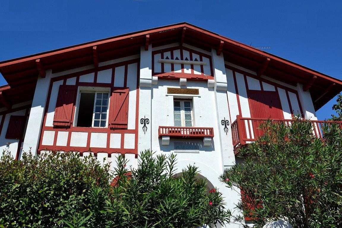 独户住宅 为 销售 在 PROCHE SAINT CHARLES Biarritz, 阿基坦, 64200 法国